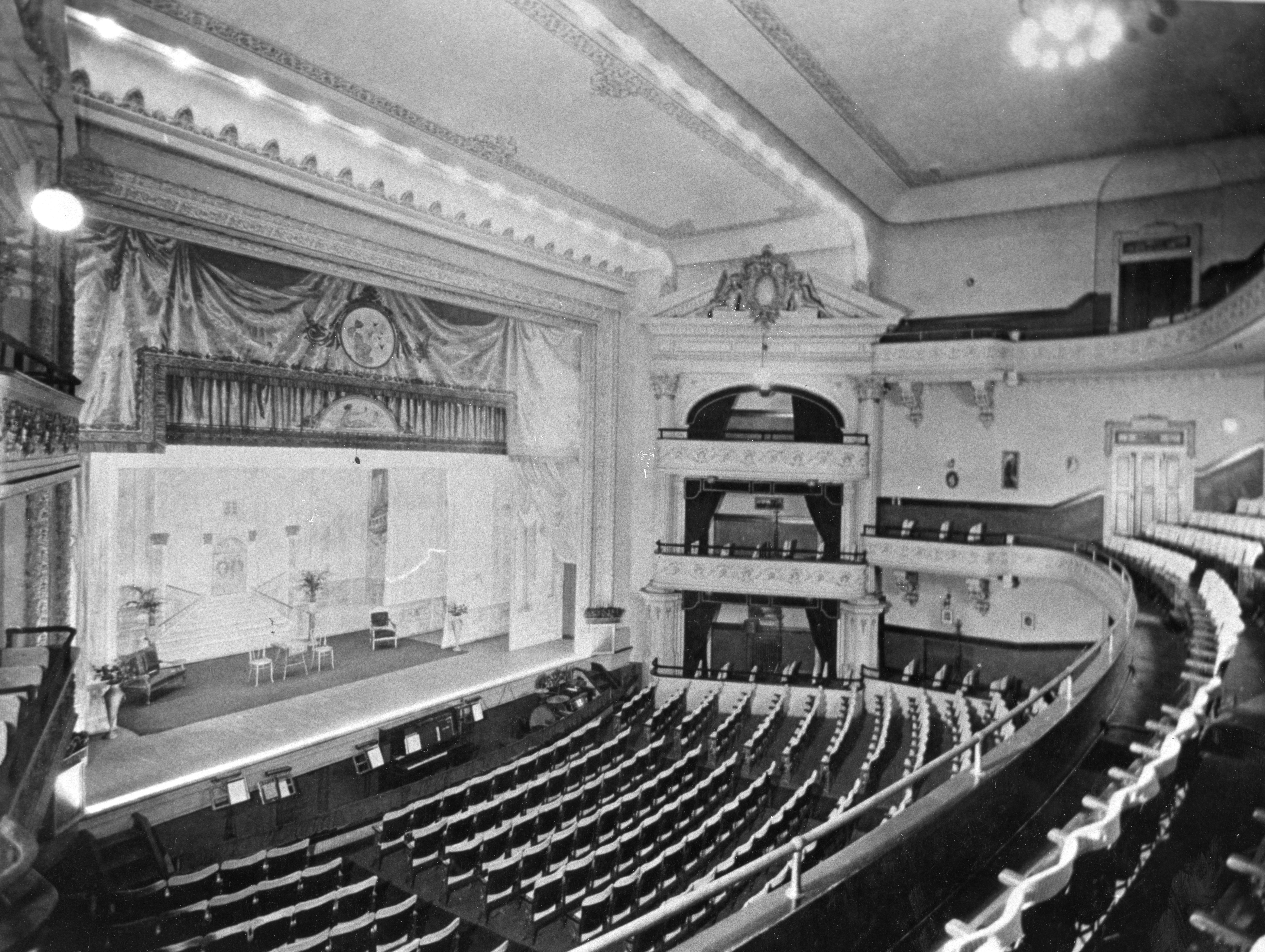 A view of the Bijou Theatre around the turn of the century.
