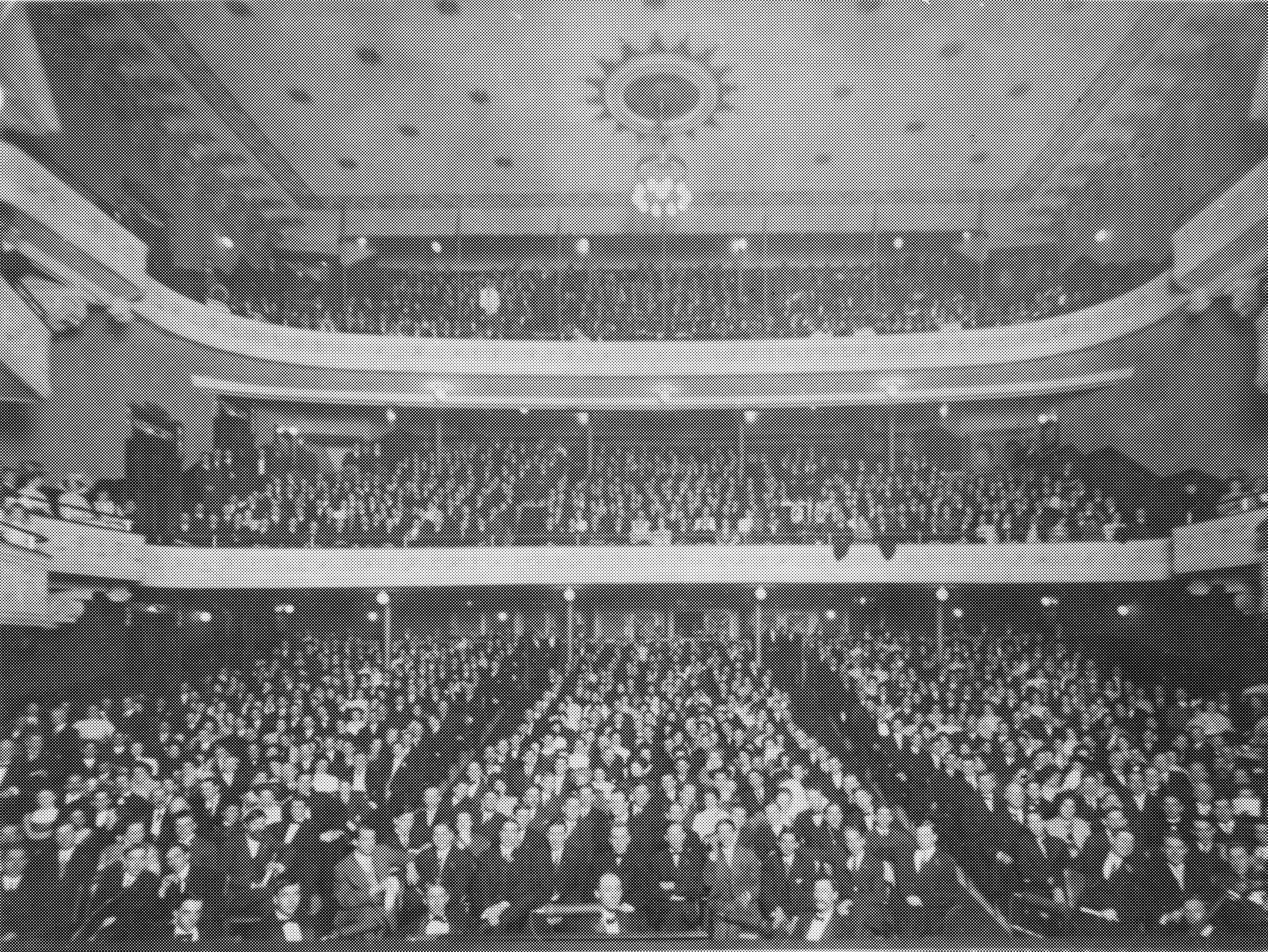 Opening day of the Bijou Theatre in 1909.
