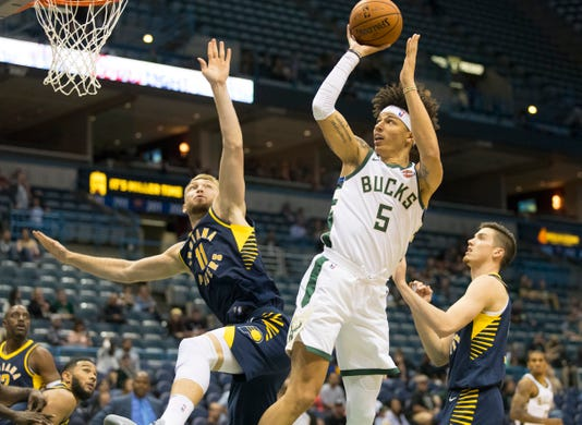 Nba Preseason Indiana Pacers At Milwaukee Bucks
