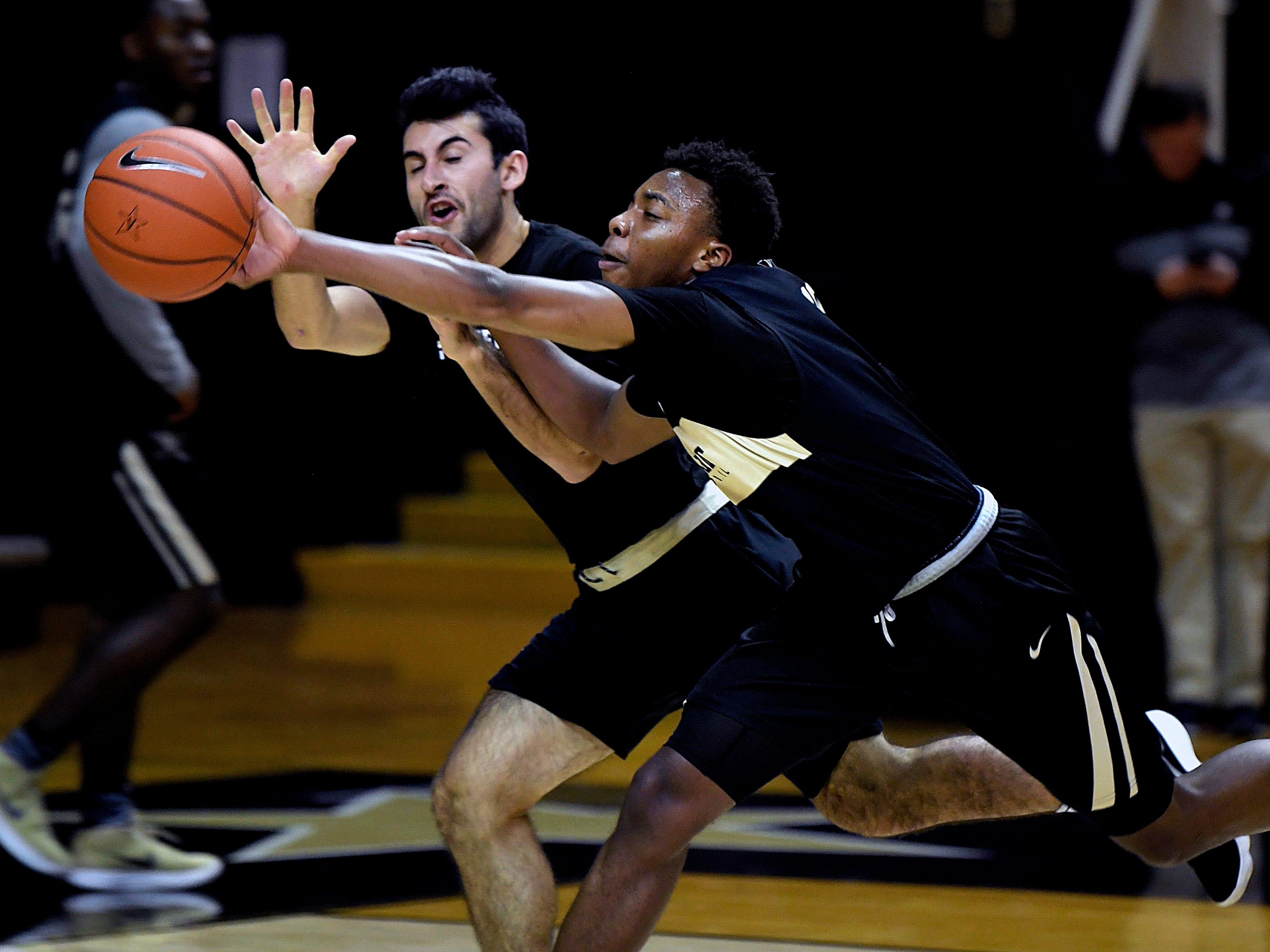Vanderbilt basketball freshman Darius Garland blocks a pass during practice on Monday, Oct, 22, 2018.