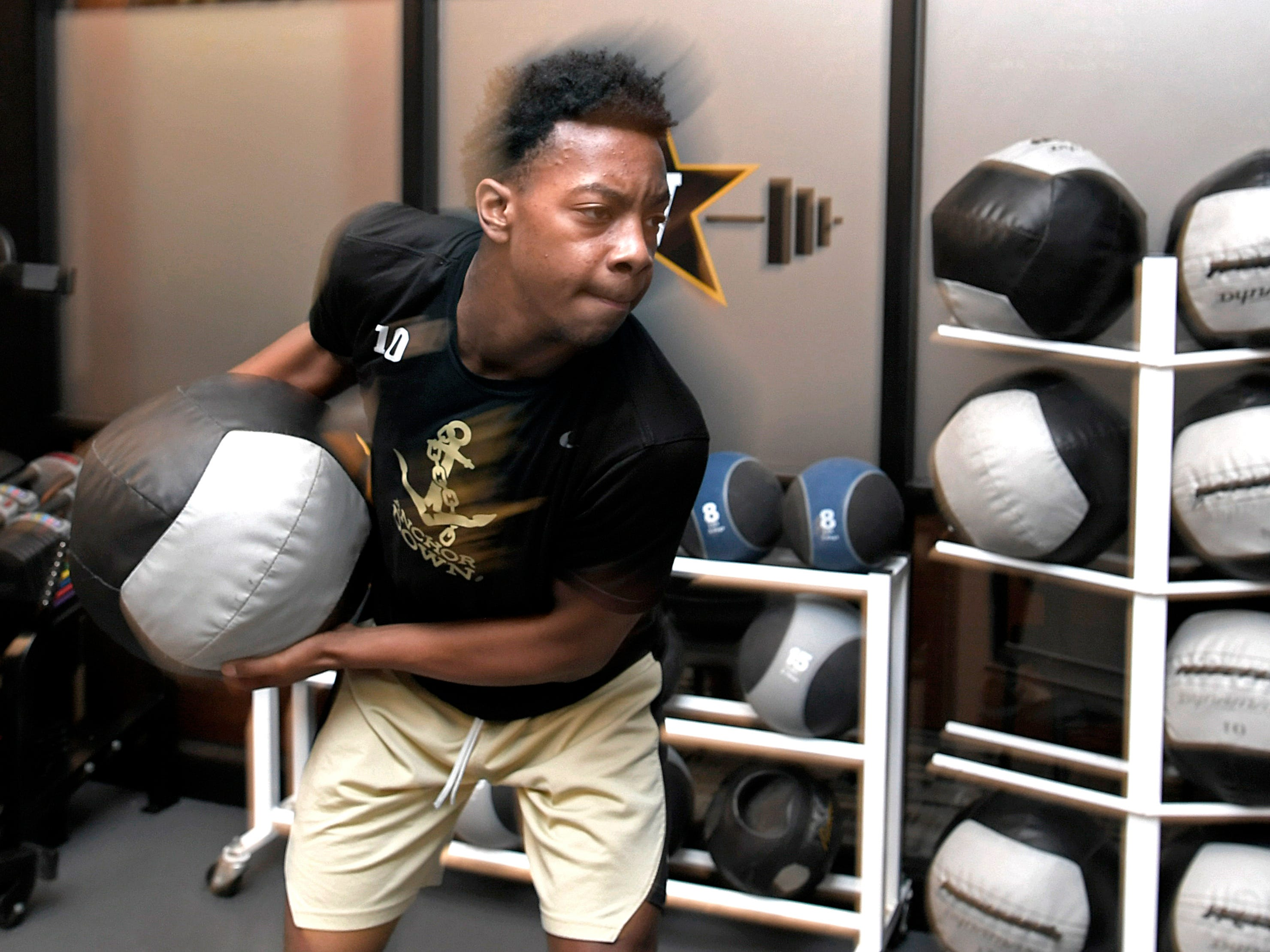 Vanderbilt basketball freshman Darius Garland works out during strength and conditioning session at Vanderbilt on Monday, Oct, 30, 2018.