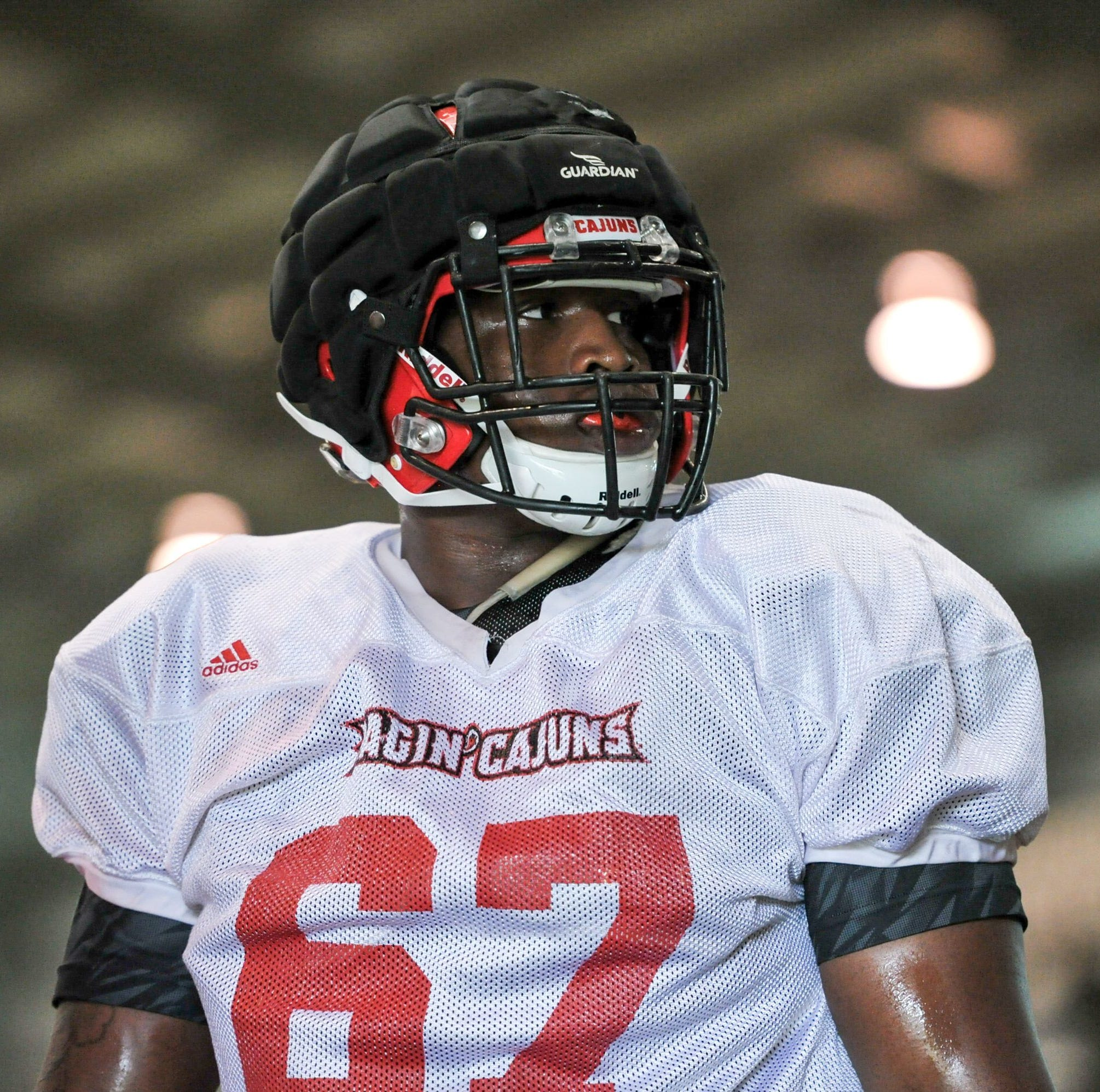 Ken Marks among offensive linemen creating opportunities for Cajuns runners
