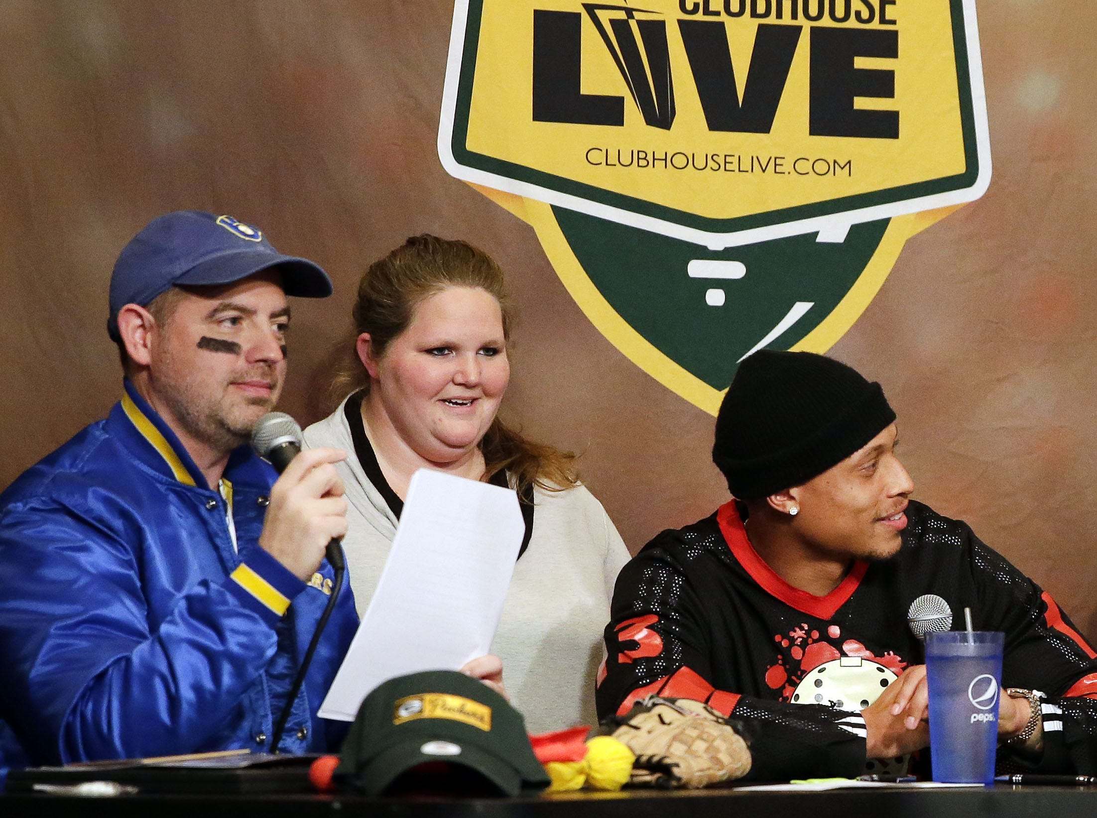 Clubhouse Live co-hosts Brett Christopherson, Ricardo Argeullo, Margaret Naczek and Green Bay Packer Josh Jones welcome punter JK Scott on the Halloween edition Monday, October 29, 2018, at the Red Lion Hotel Paper Valley in Appleton, Wis. Ron Page/USA TODAY NETWORK-Wisconsin