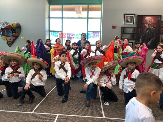 Students From Cesar Chavez Elementary At La Quinta Library