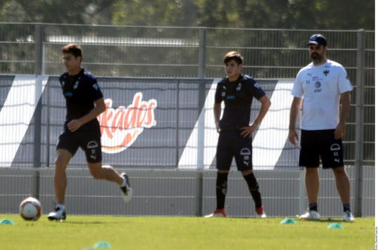 Rayados se alistan para medirse al Cruz Azul el miércoles en la final de la Copa MX.
