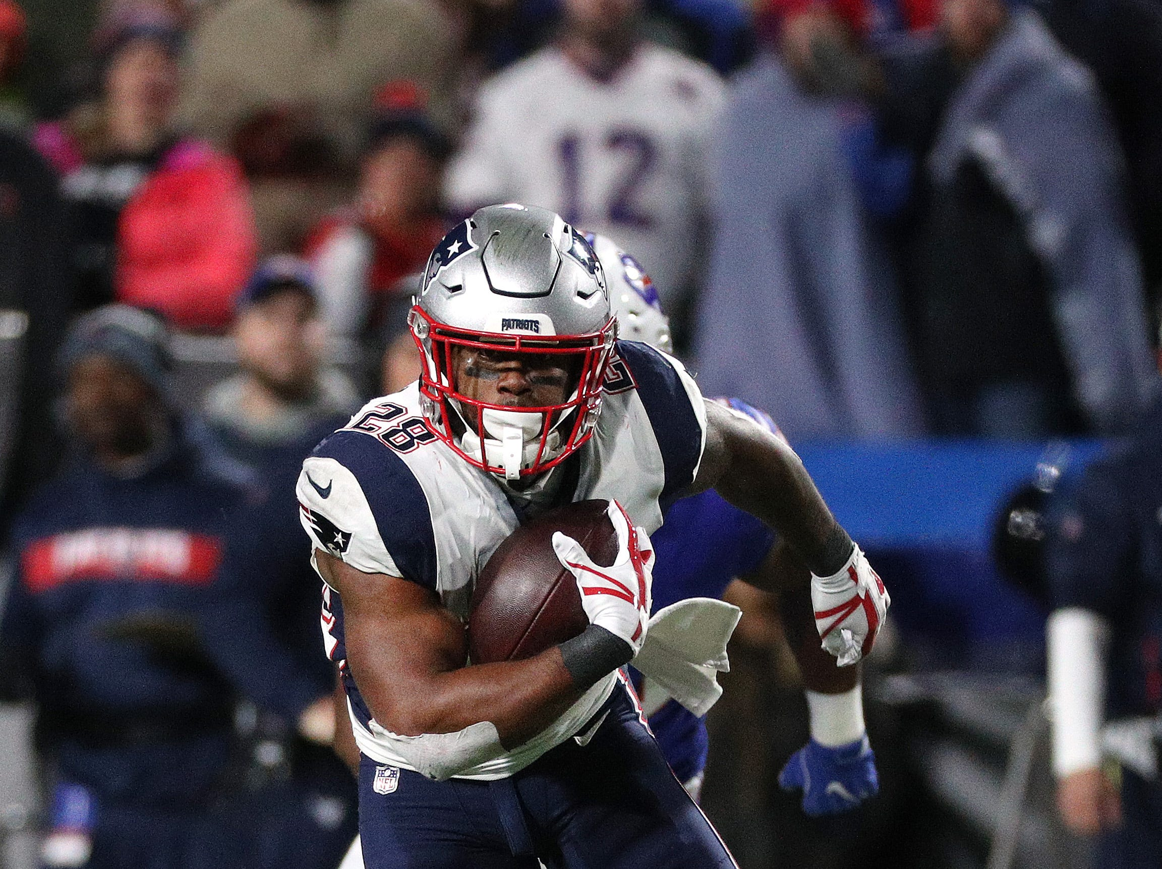 Patriots running back James White had 1o receptions against the Bills.