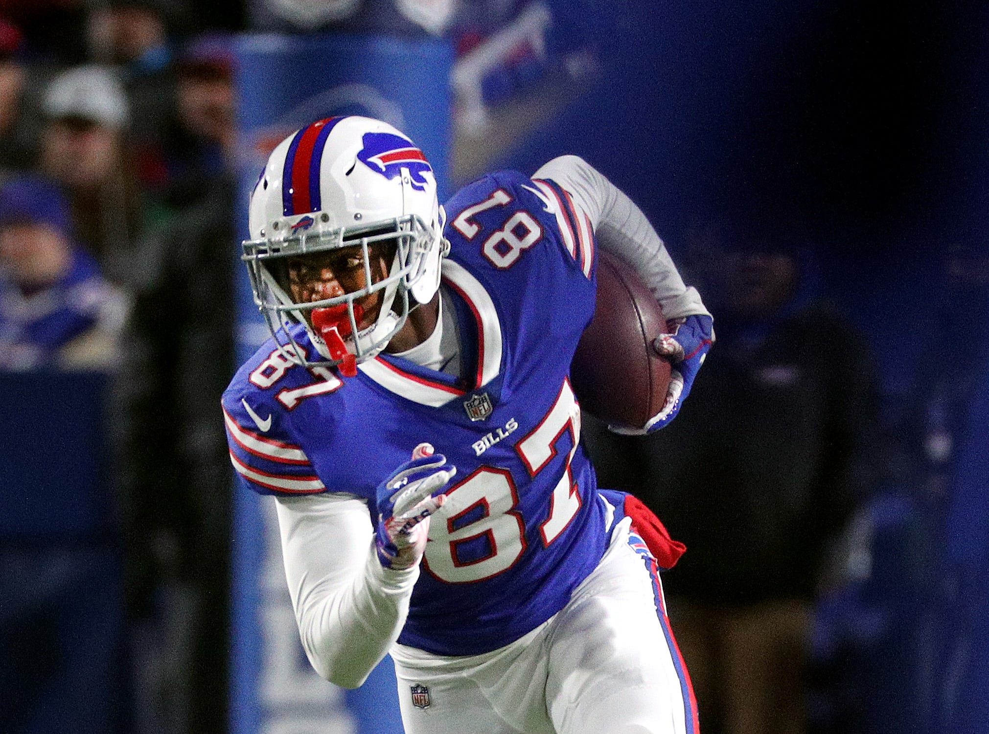 Bills receiver Cam Phillips  turns upfield after a catch against the Patriots.