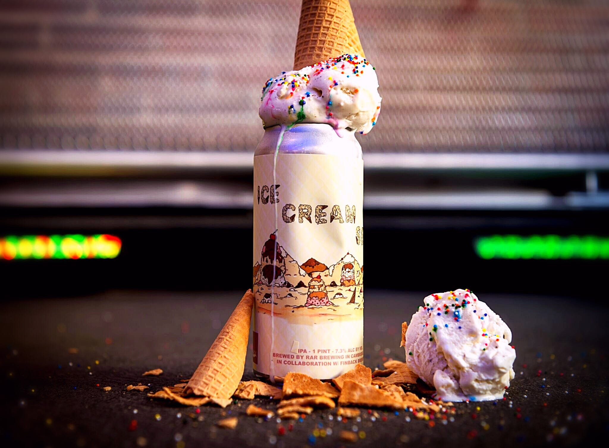 A double IPA brewed with ice cream cones and vanilla beans. Ice Cream Sea by RAR Brewing.