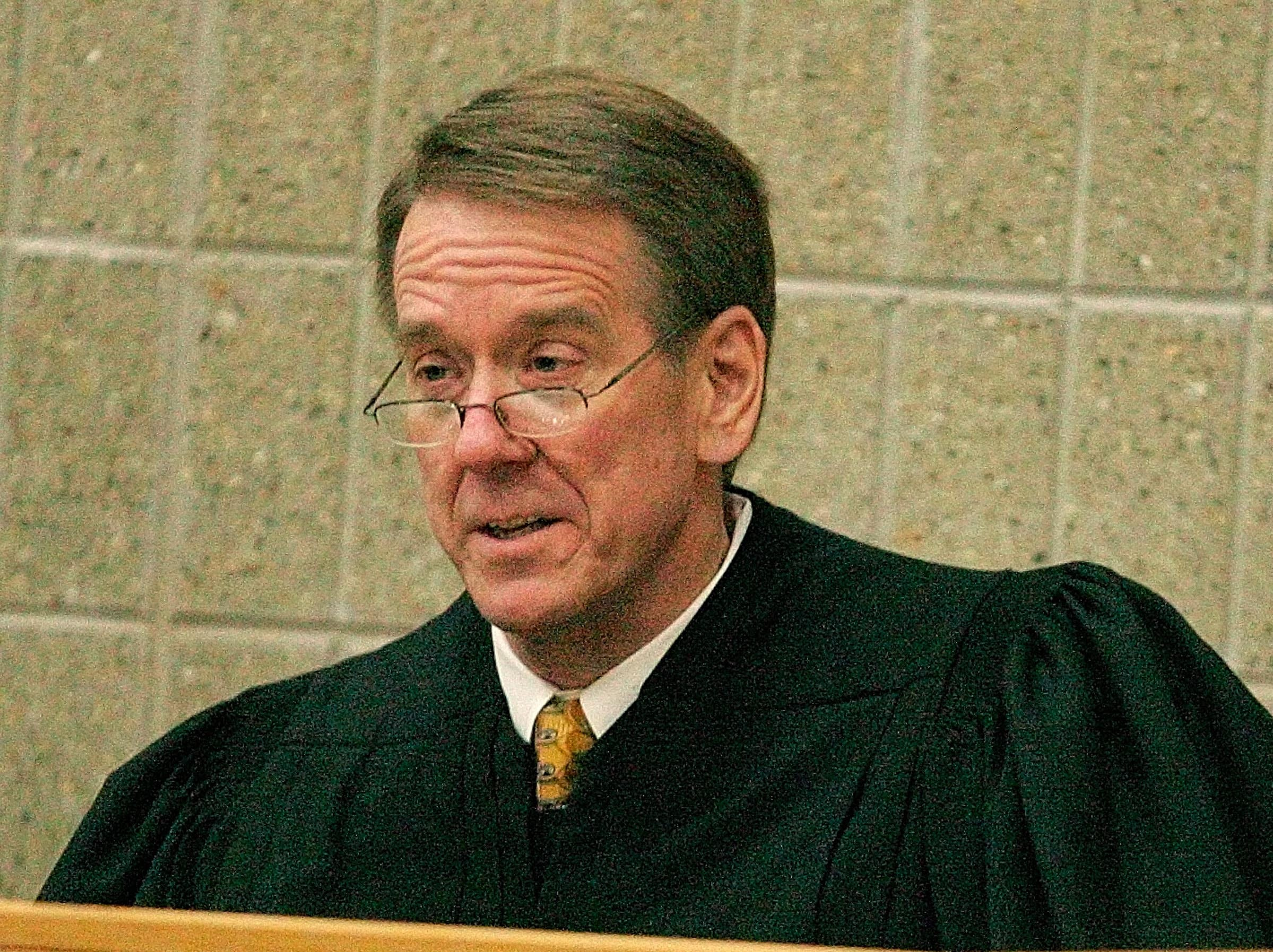 South Dakota Supreme Court Justice Steven L. Zinter asks questions about the case of Dillon v. Weber in Vermillion in 2007.