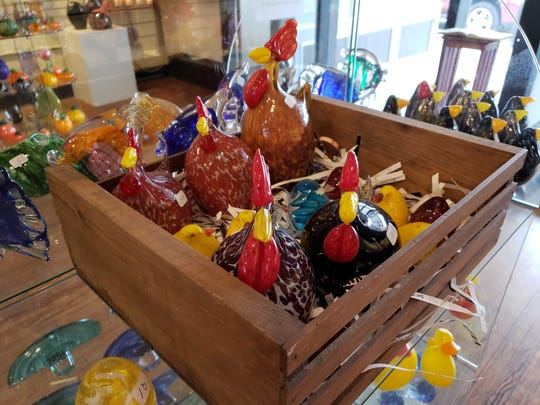 Chickens, anyone? Springfield Hot Glass has you covered.
