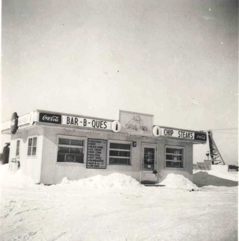 A look back at Post Road Pub in Plover: From root beer stand to last call