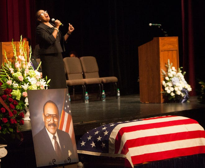"Dr. Angela Timmons sings ""Move On Up a Little Higher"" during a memorial service for Bedford Pinkard at the Oxnard Performing Arts and Convention Center on Tuesday. Pinkard, a well-known Oxnard resident and community leader, died Oct. 19."