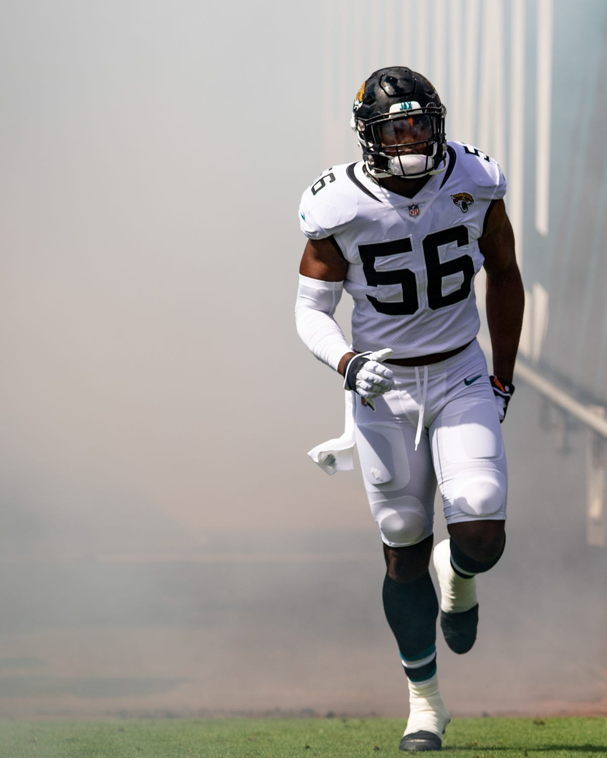 promo code 8f91b 9b6b4 Los Angeles Rams trade for Dante Fowler in deal with Jaguars