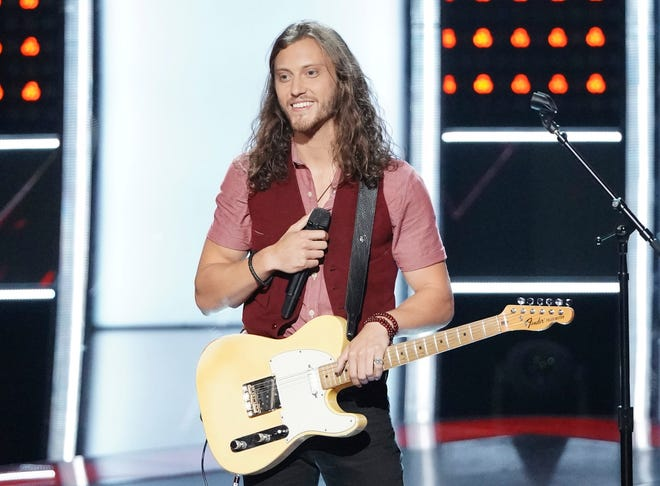 "Fan-favorite contestant Cody Ray Raymond has left ""The Voice"" for ""personal matters."""