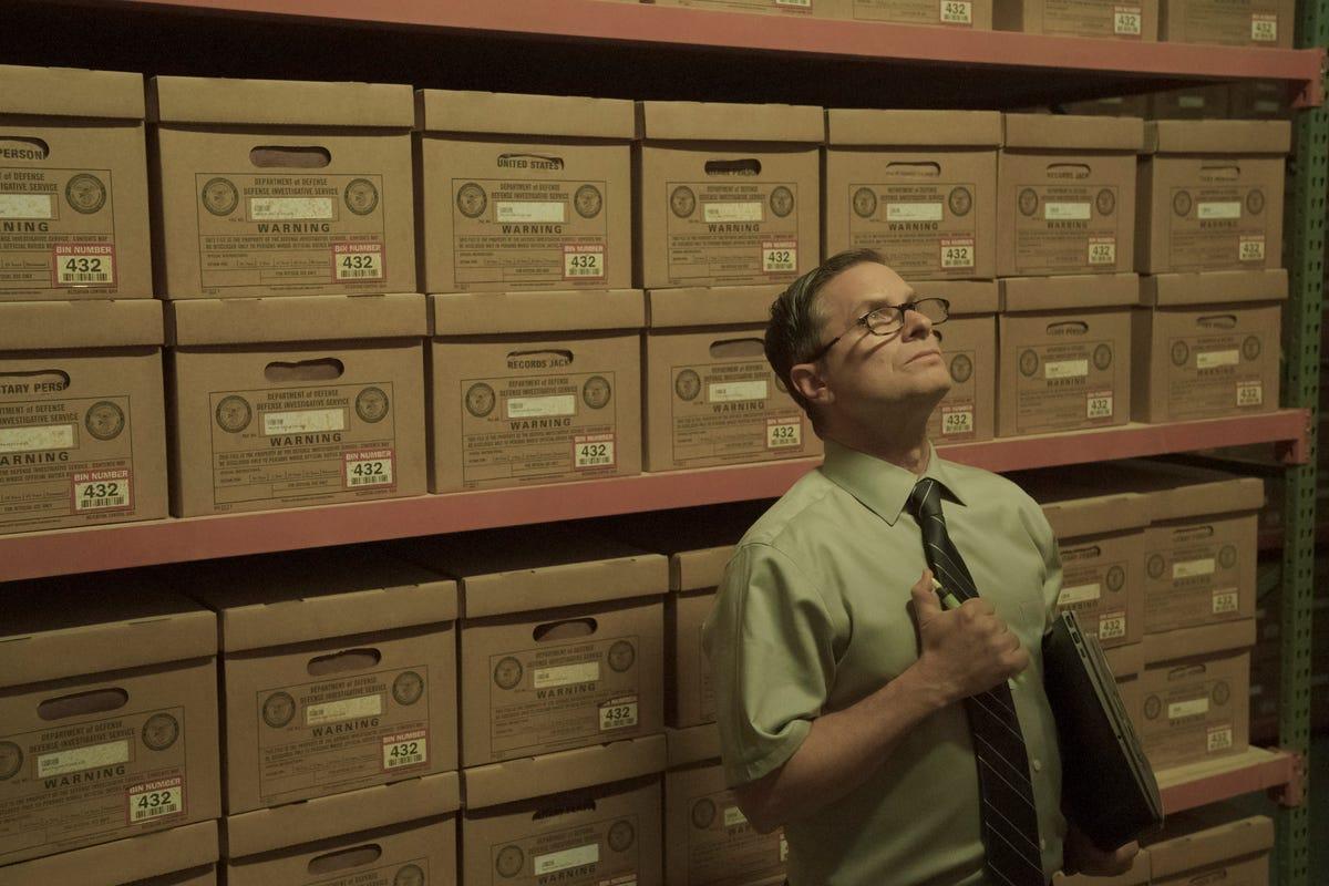 Homecoming' review: Julia Roberts makes slick series debut on Amazon