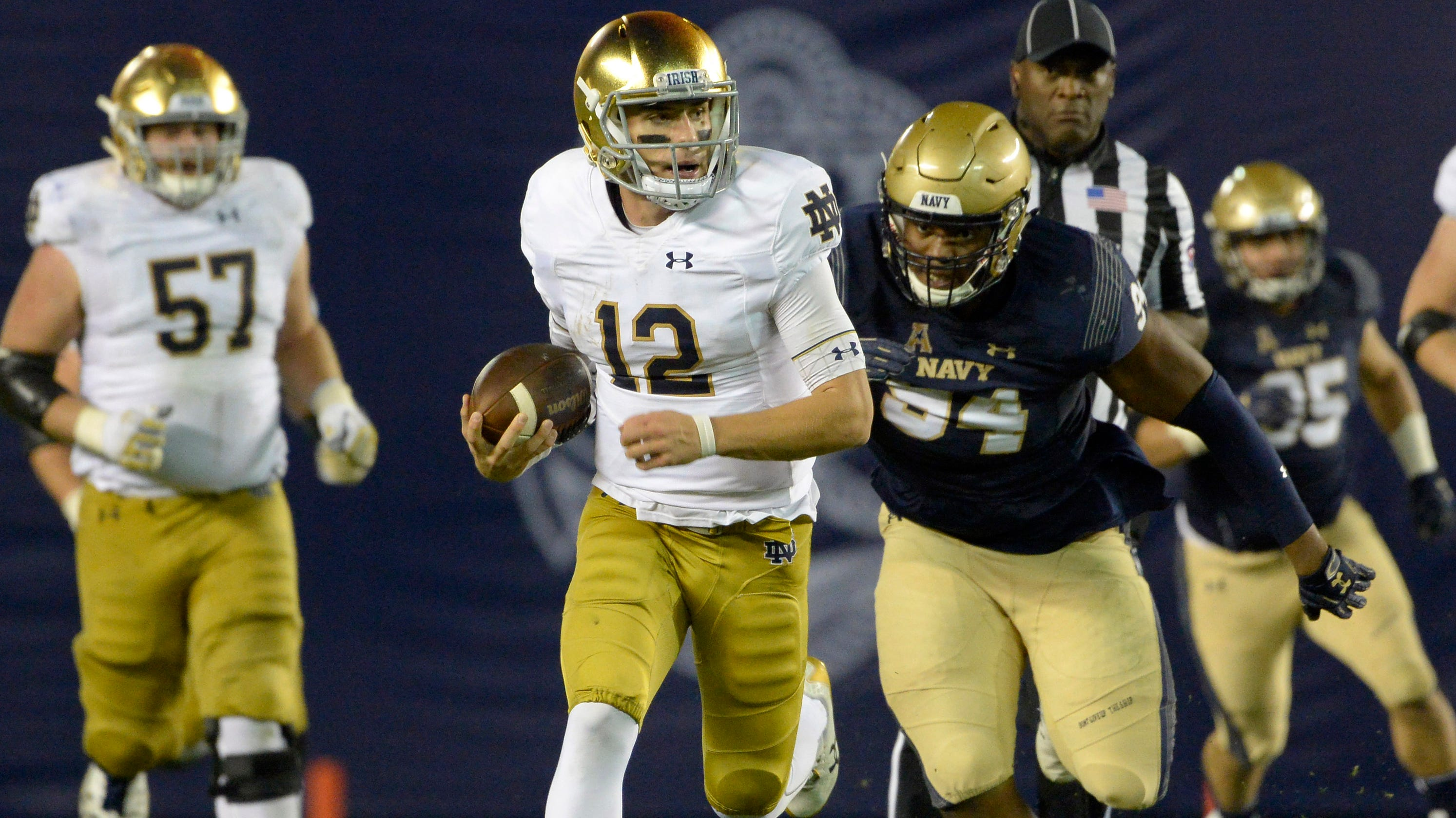 30b9dc262 Ian Book has Notre Dame in playoff with inspiration from Drew Brees