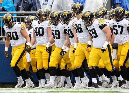 Ncaa Football Iowa At Penn State