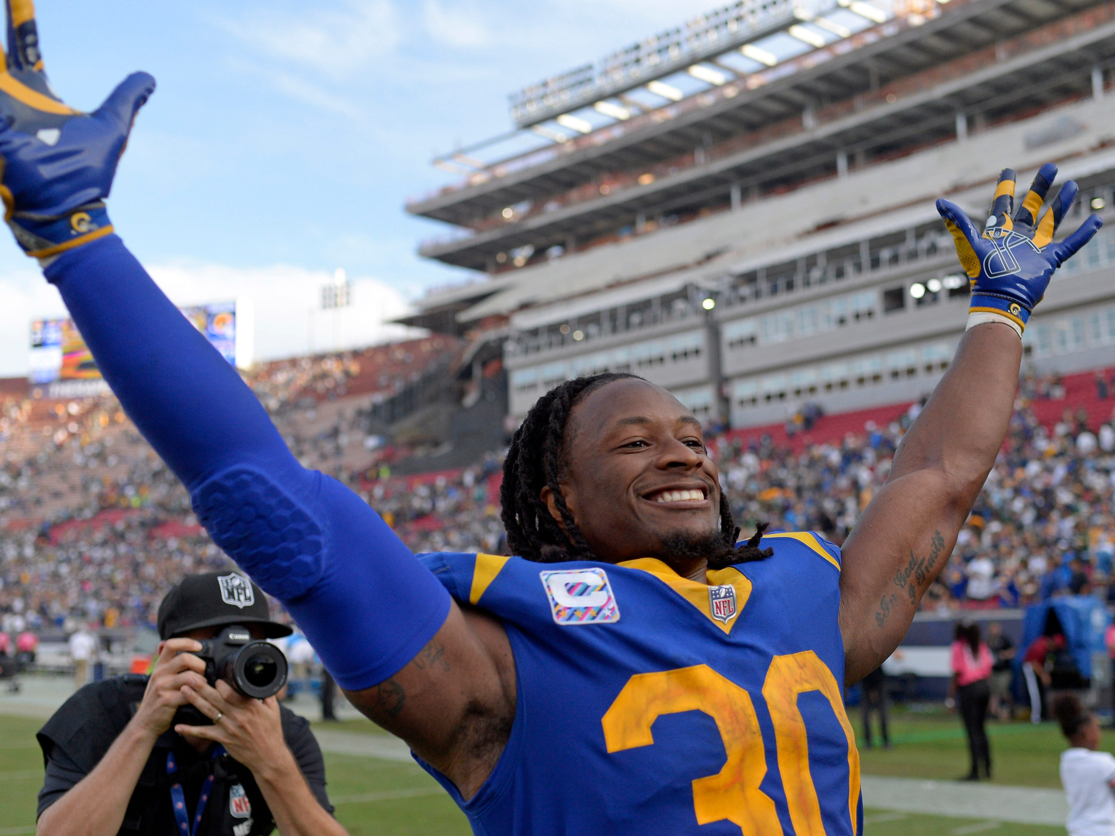 1. Rams (1): Trick — shame for Todd Gurley owners thinking they'd be treated to a second TD when L.A.'s RB put LT record pursuit on hold for good of team.