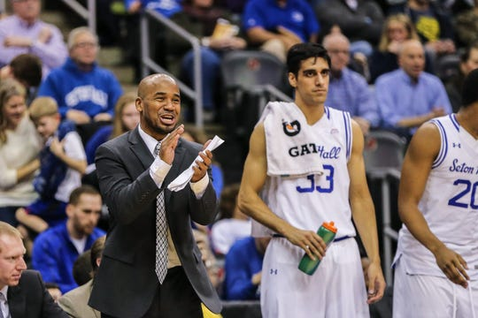 Shaheen Holloway coaching at Seton Hall