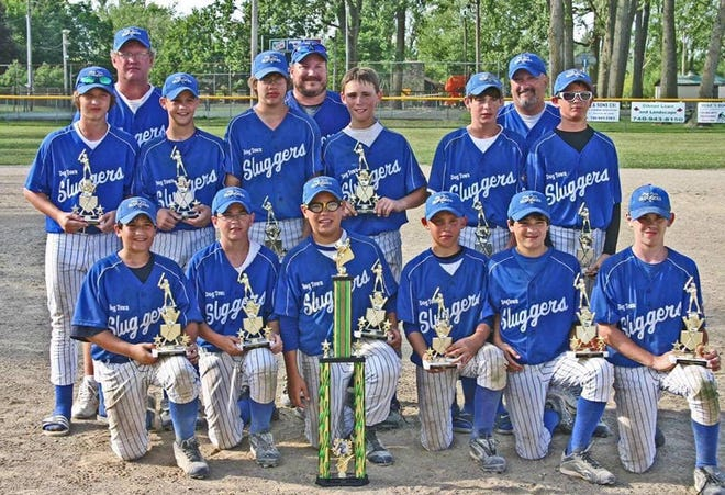 The U12 Dogtown Sluggers from Fairfield won the NUBB Little League Kory Keigley Memoriall Baseball Tournament July 18-20, 2008, and took 2nd in the July 25-26, 2008, tournament in Vandalia. They are, from left: Front row, Ryan Thorsen, Joey Albers, Alex Kenner, Nate Chipman, Dougie Lee and Jacob Laughman; second row, Robert Closson, Cody Niesen, Chase Wahoff, Trevor Hughes, Westin Judd and Eric Murrell; Back row, coach Eric Chipman, head coach Chris Thorsen and coach Doug Lee.