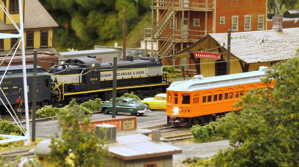 Sound And Light Show Hosted By The Model Railroad Club Returns To Union