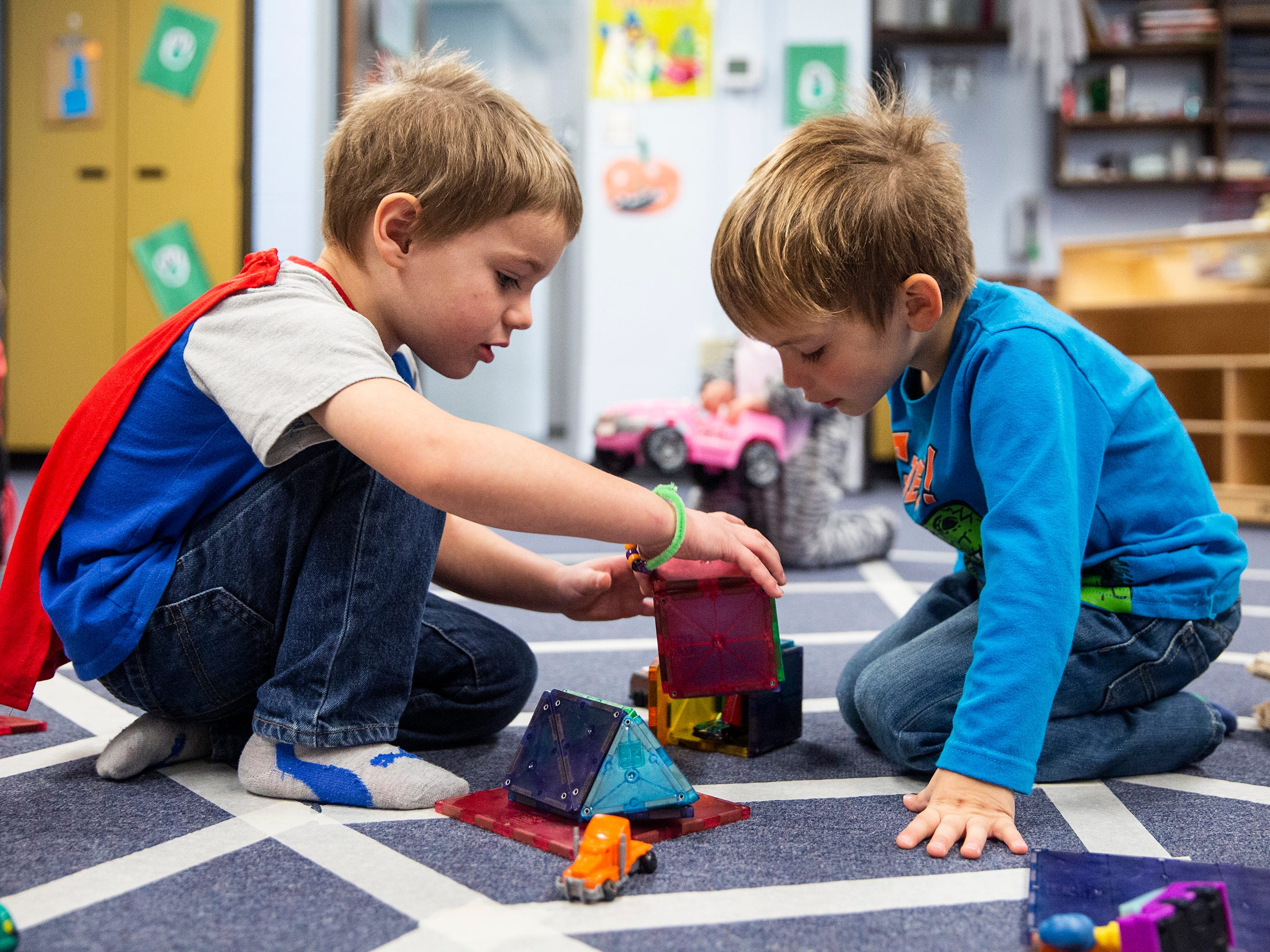 Iowa's child care deserts: These maps show where Iowans struggle to find day care