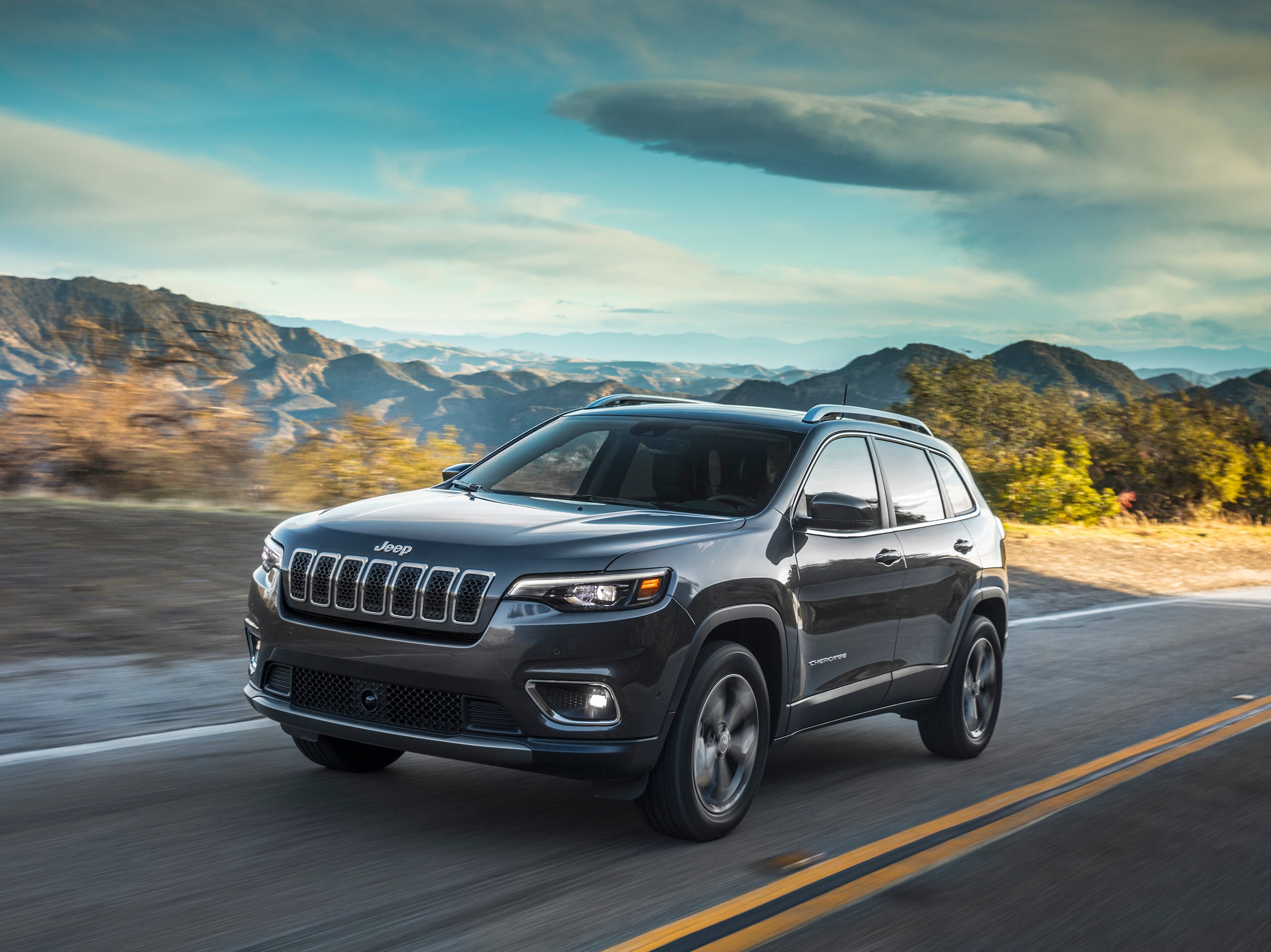 Stalling prompts recall of 2019 Jeep Cherokees with 2.4-liter engines