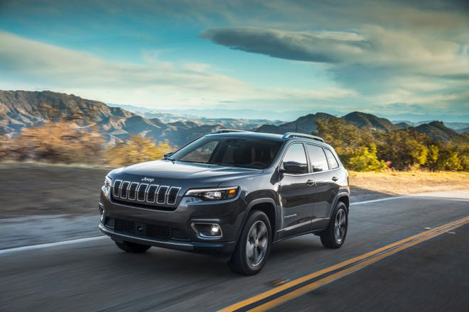 Fiat Chrysler Automobiles is recalling certain 2019 Jeep Cherokees because they can stall.