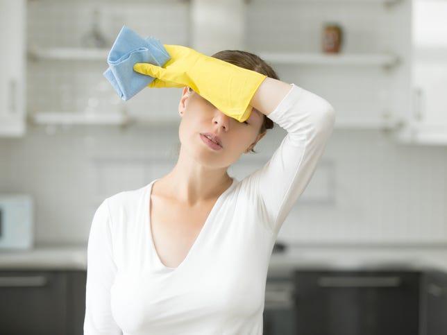 Husband won't meet her halfway on housework