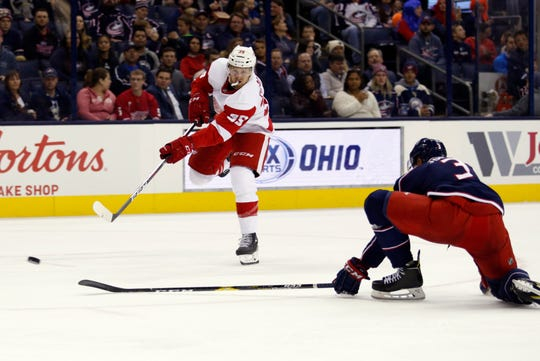 Anthony Mantha shoots and scores against Columbus, Oct. 30.