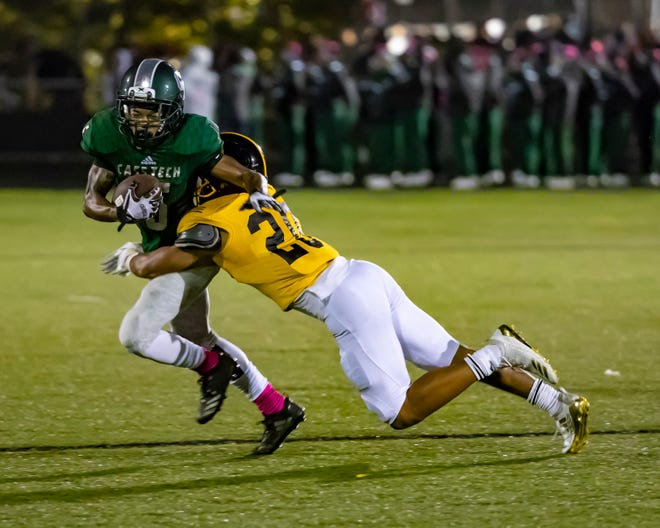 Andre Holley and Detroit Cass Tech take on Dearborn Fordson in a Division 1 district final.