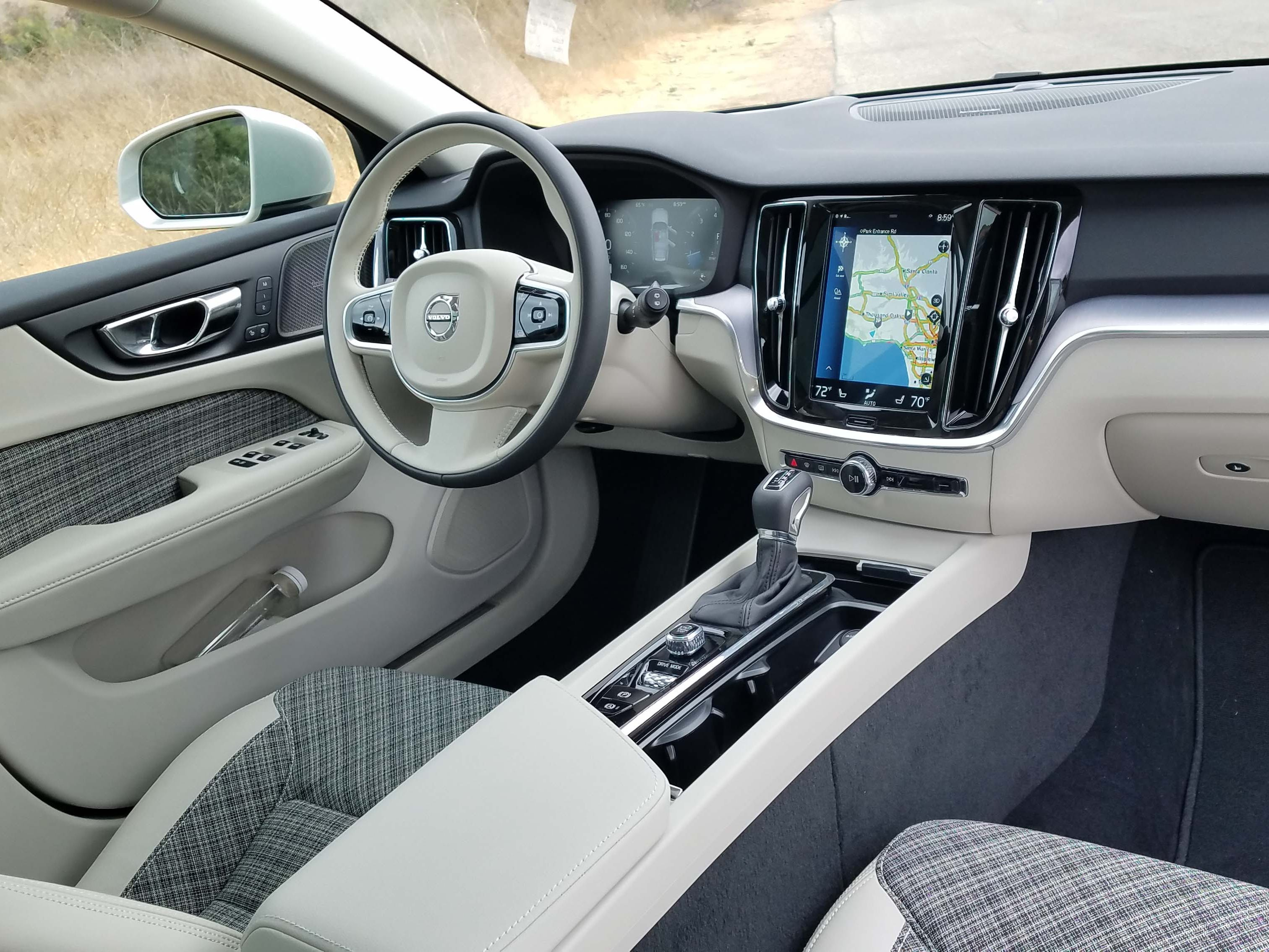The interior of the 2019 Volvo V60 wagon features a pepper and salt theme.