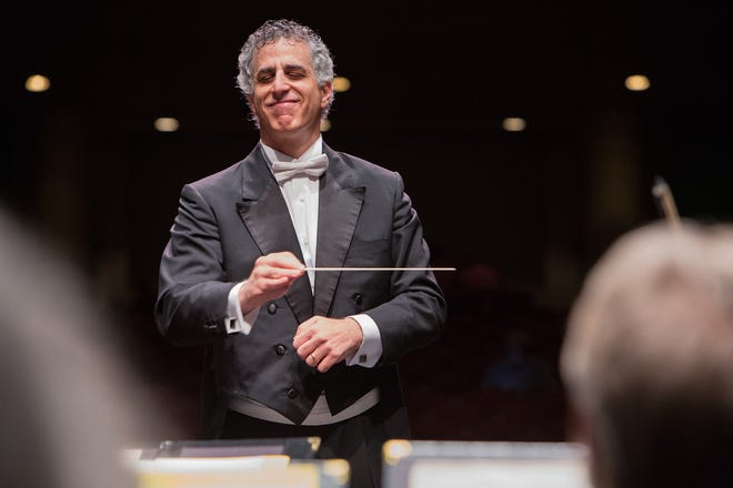 Southwest Florida Symphony's former conductor and music director, Nir Kabaretti, returns for a farewell concert in May.