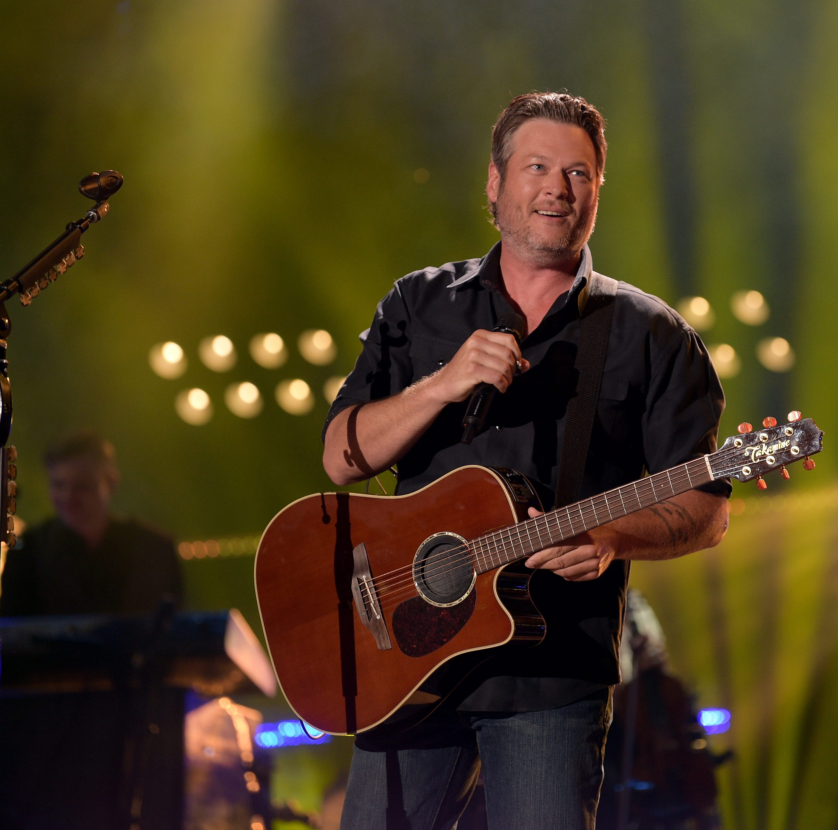 Blake Shelton announces Evansville stop on spring tour