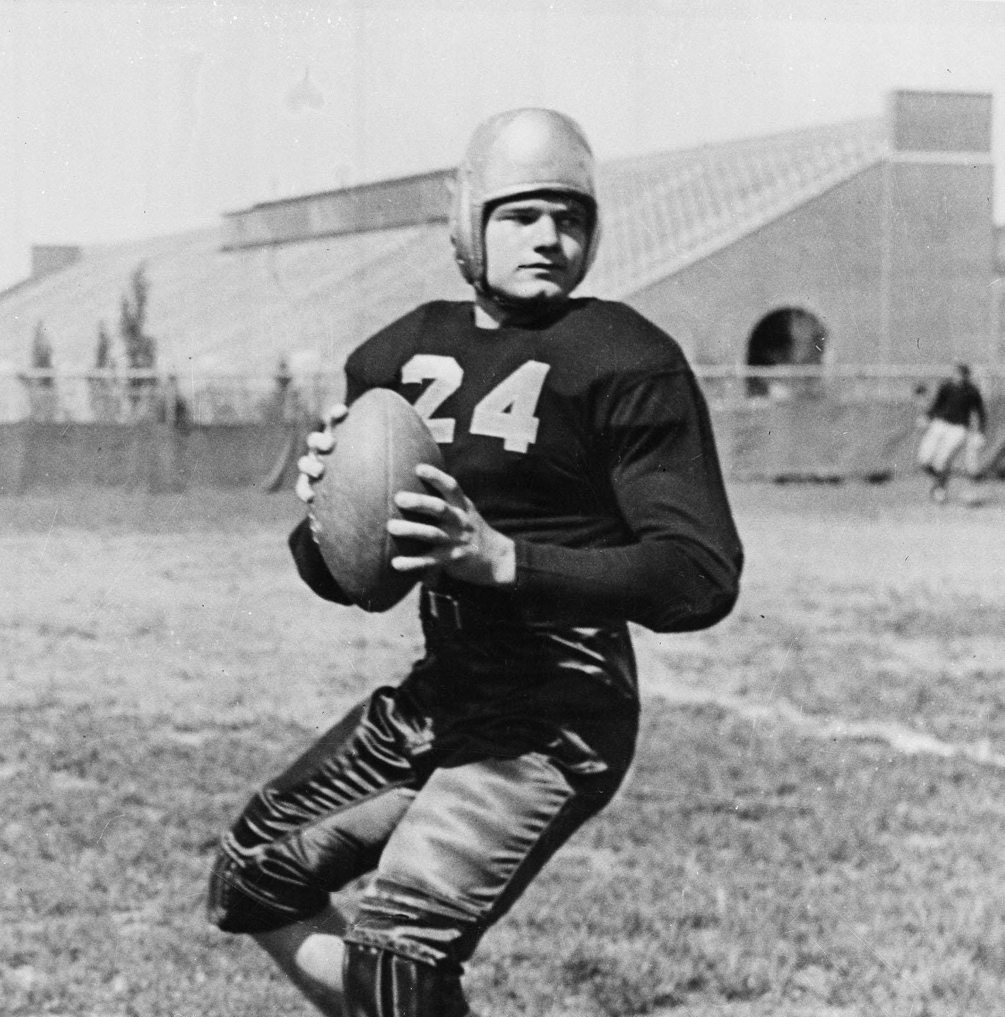Nile Kinnick movie plans to film in Iowa City, host premiere at Kinnick Stadium