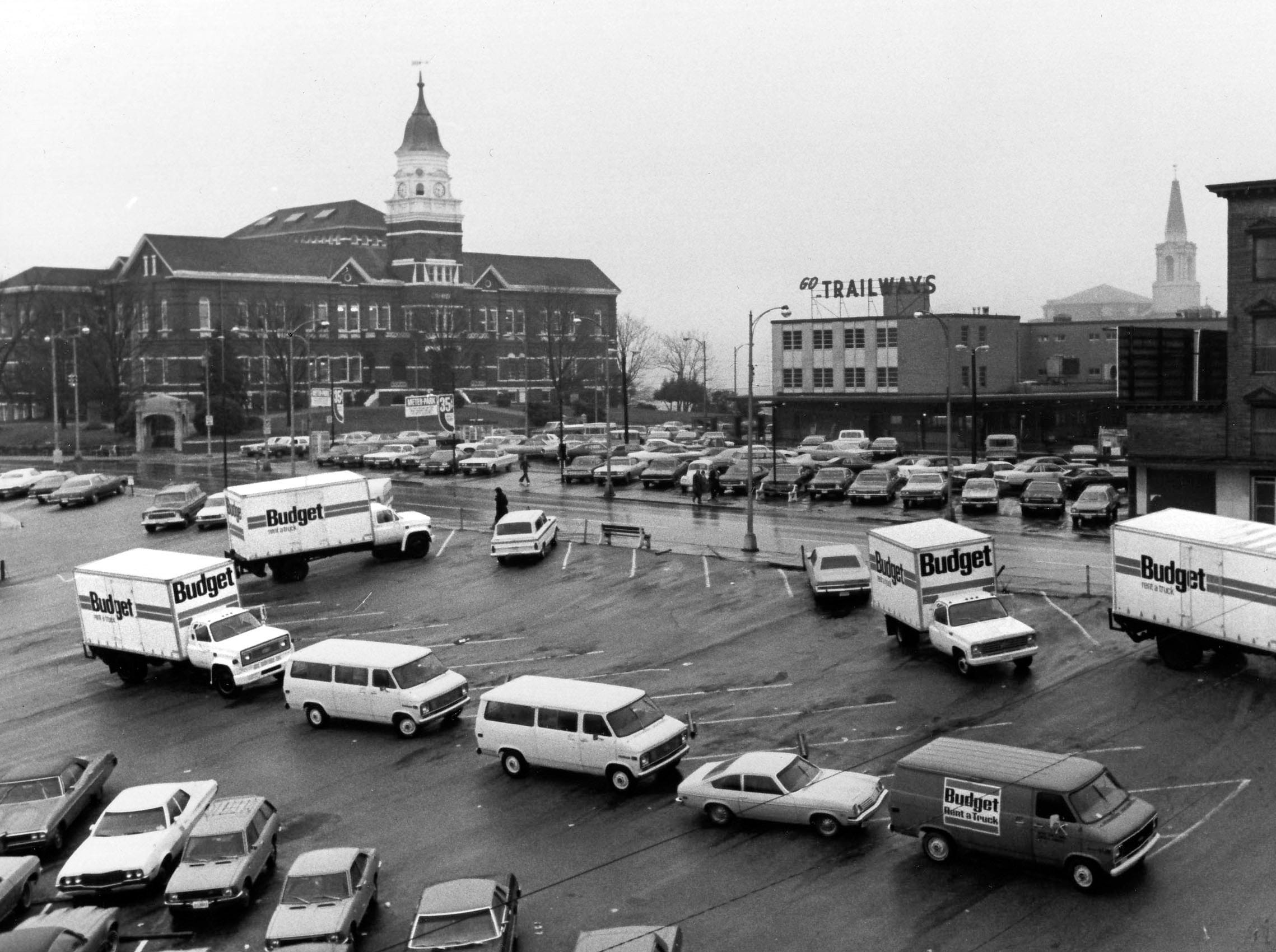 In a November 7, 1977, photograph, the future location of the United American Bank is seen at the corner of Gay Street and Cumberland Avenue.