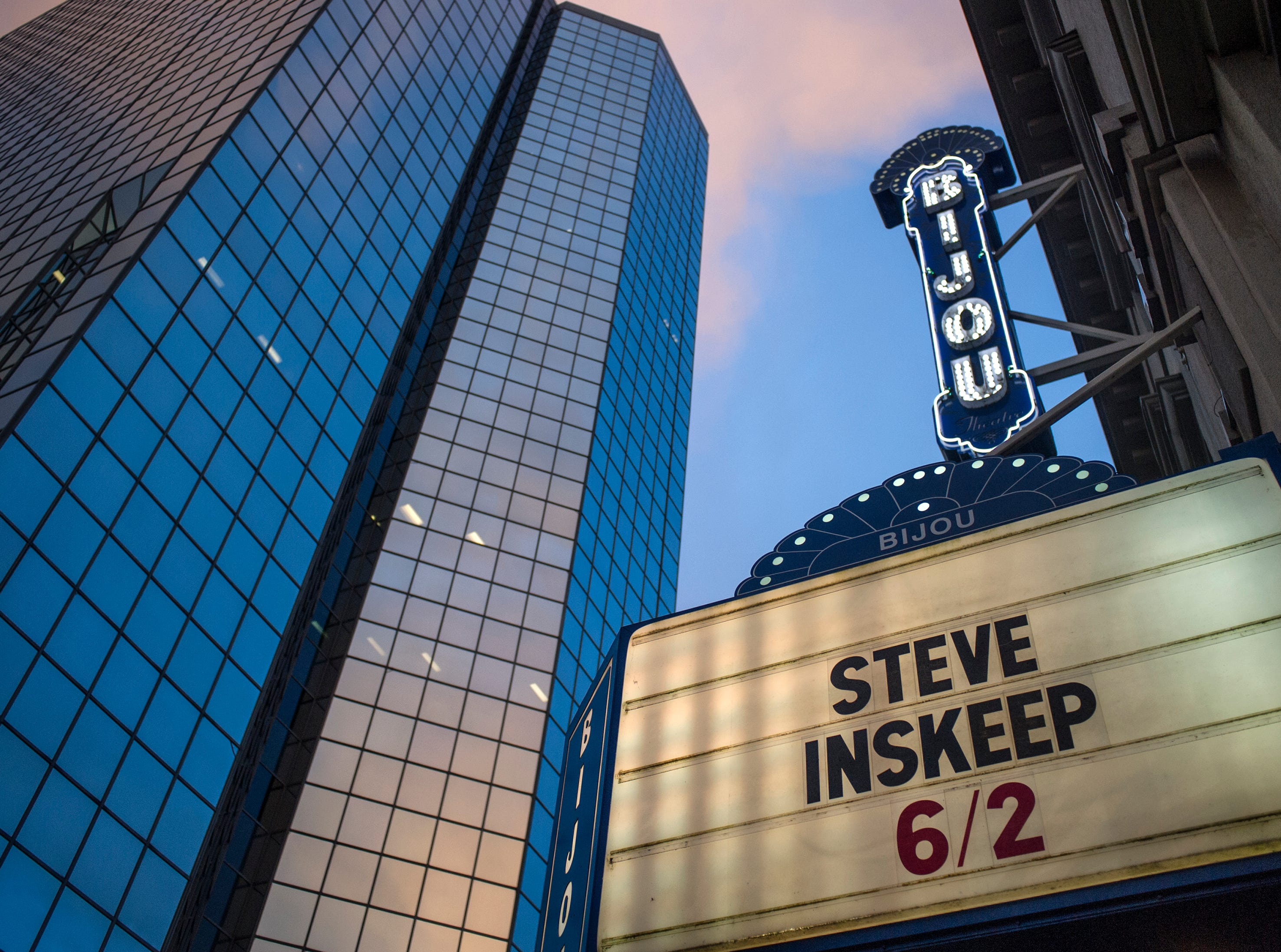 """NPR radio host Steve Inskeep visits Knoxville for a speech and signing regarding his new book """"Jacksonland: President Andrew Jackson, Chief John Ross, and A Great American Land Grab,"""" at the Bijou Theatre Tuesday, Jun 2, 2015."""