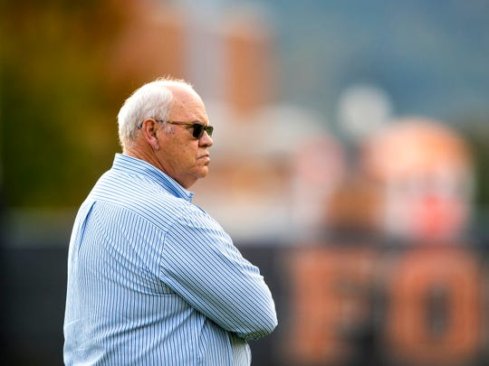 Tennessee athletic director Phillip Fulmer during Tennessee's afternoon football practice on campus on Wednesday, October 31, 2018.