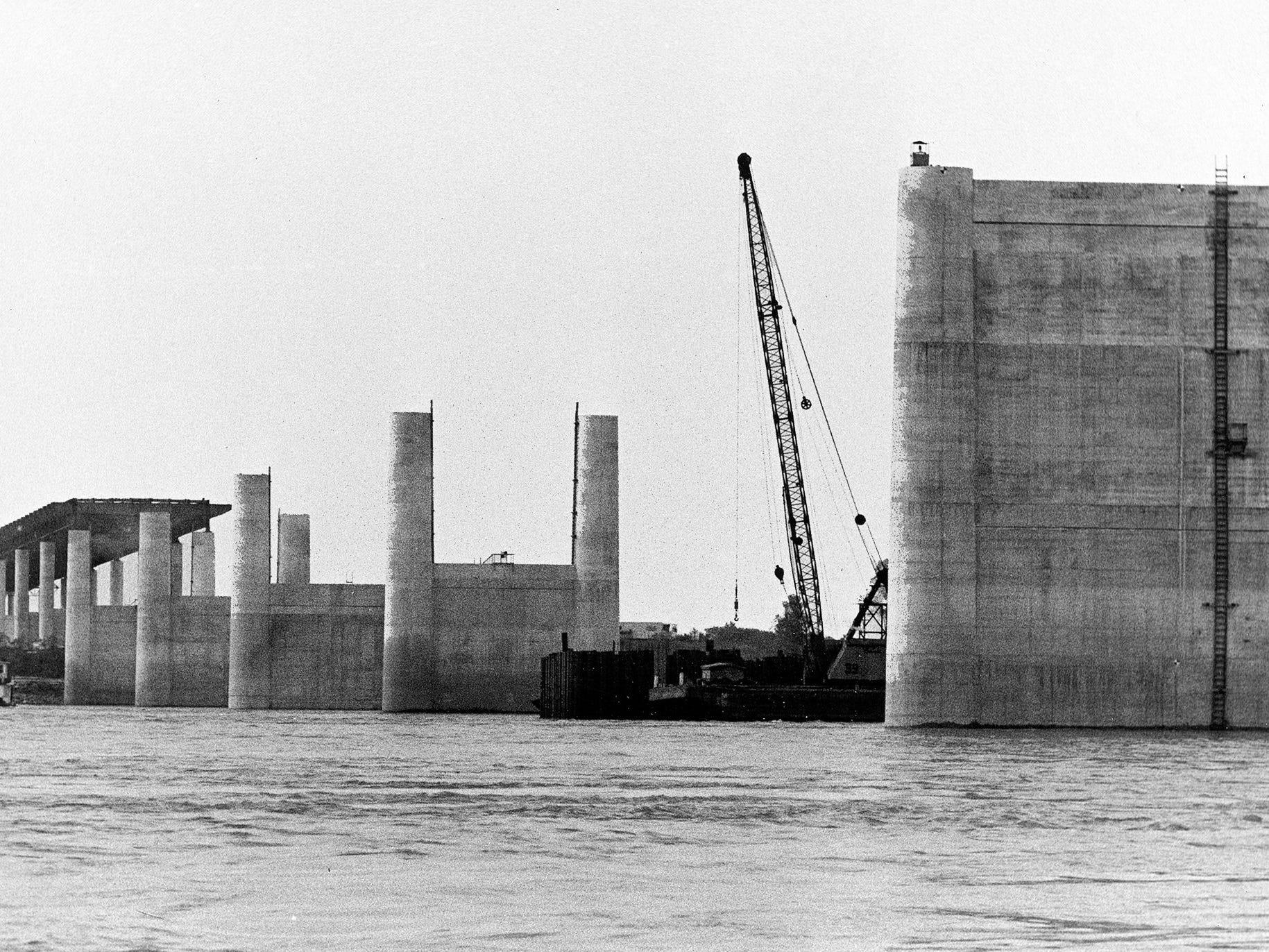 I-40 Bridge construction over the Mississippi River progresses on 1 Nov 1970.