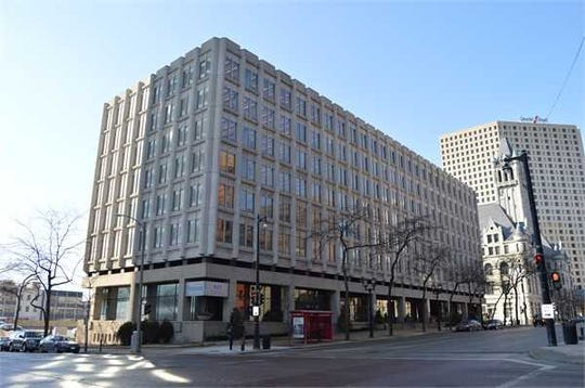 Ixonia Bank plans to remodel part of Foxconn Technology Group's downtown Milwaukee building and put a branch there.