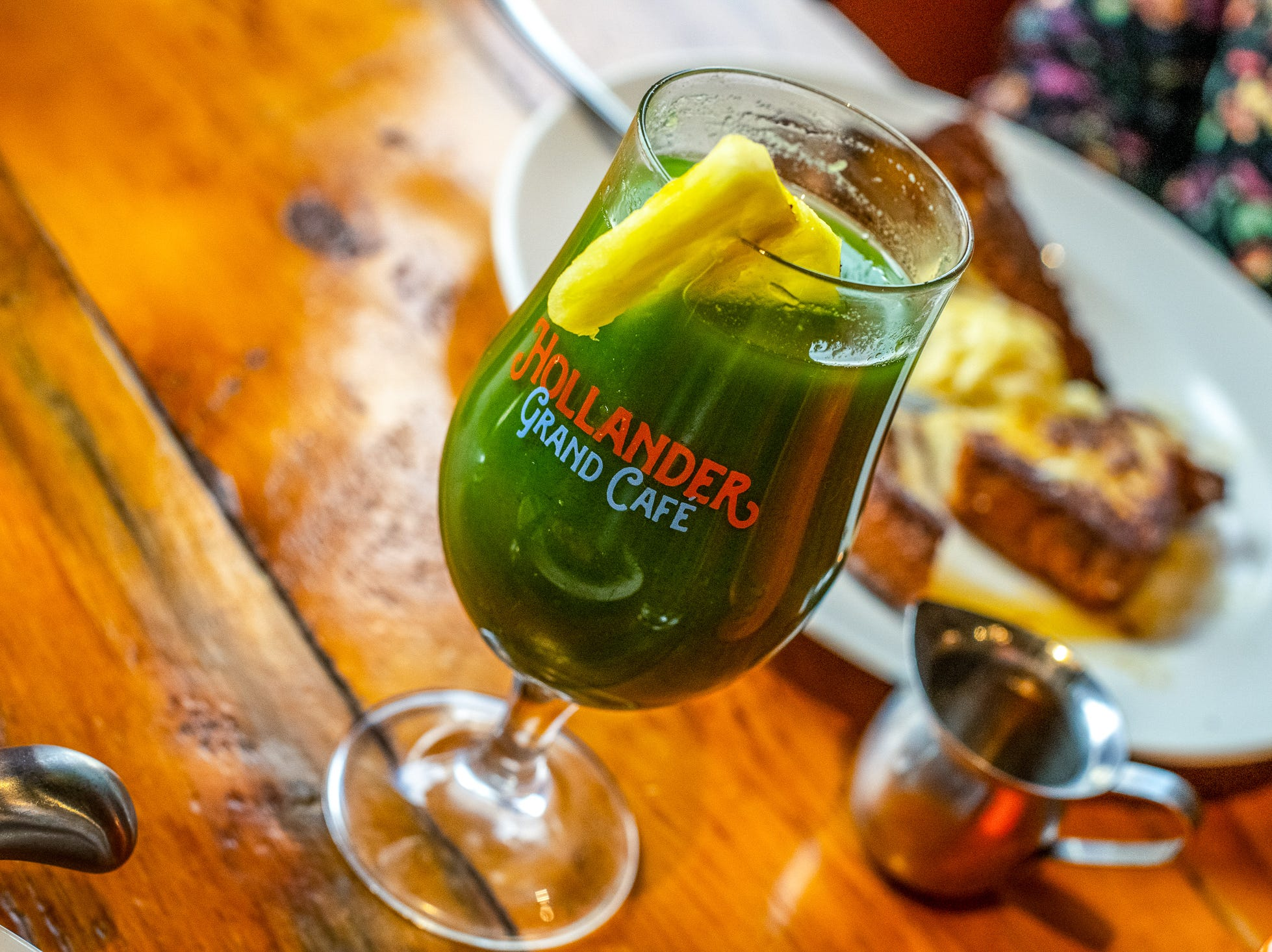 Café Hollander will also offer an array of new fresh juices including the Daily Greens made with kale, spinach, jalapeno, cucumbers, green apples and pineapple.