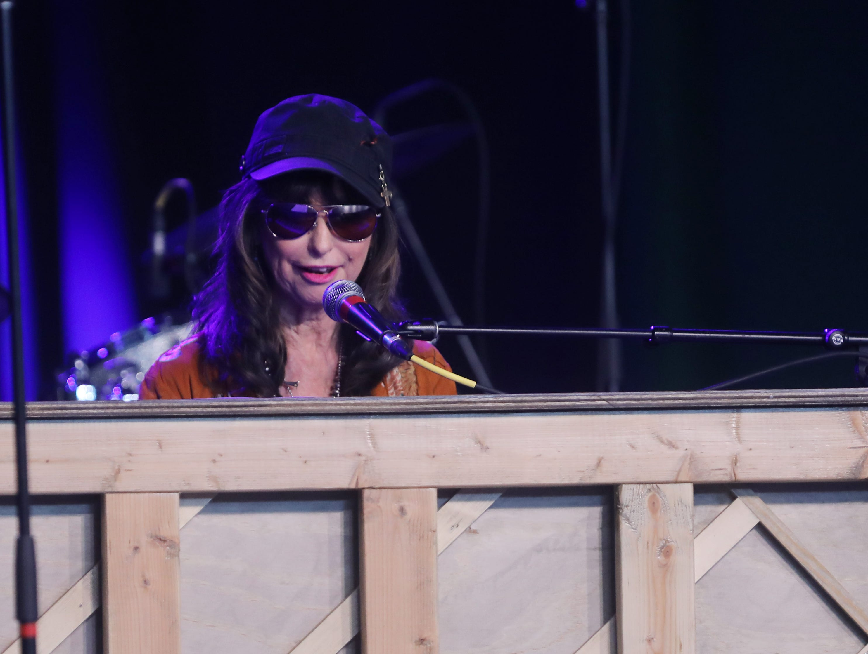 Jessi Colter performs during a Celebration of Life service held for singer-songwriter Tony Joe White at Marathon Music Works Wednesday, October 31, 2018.
