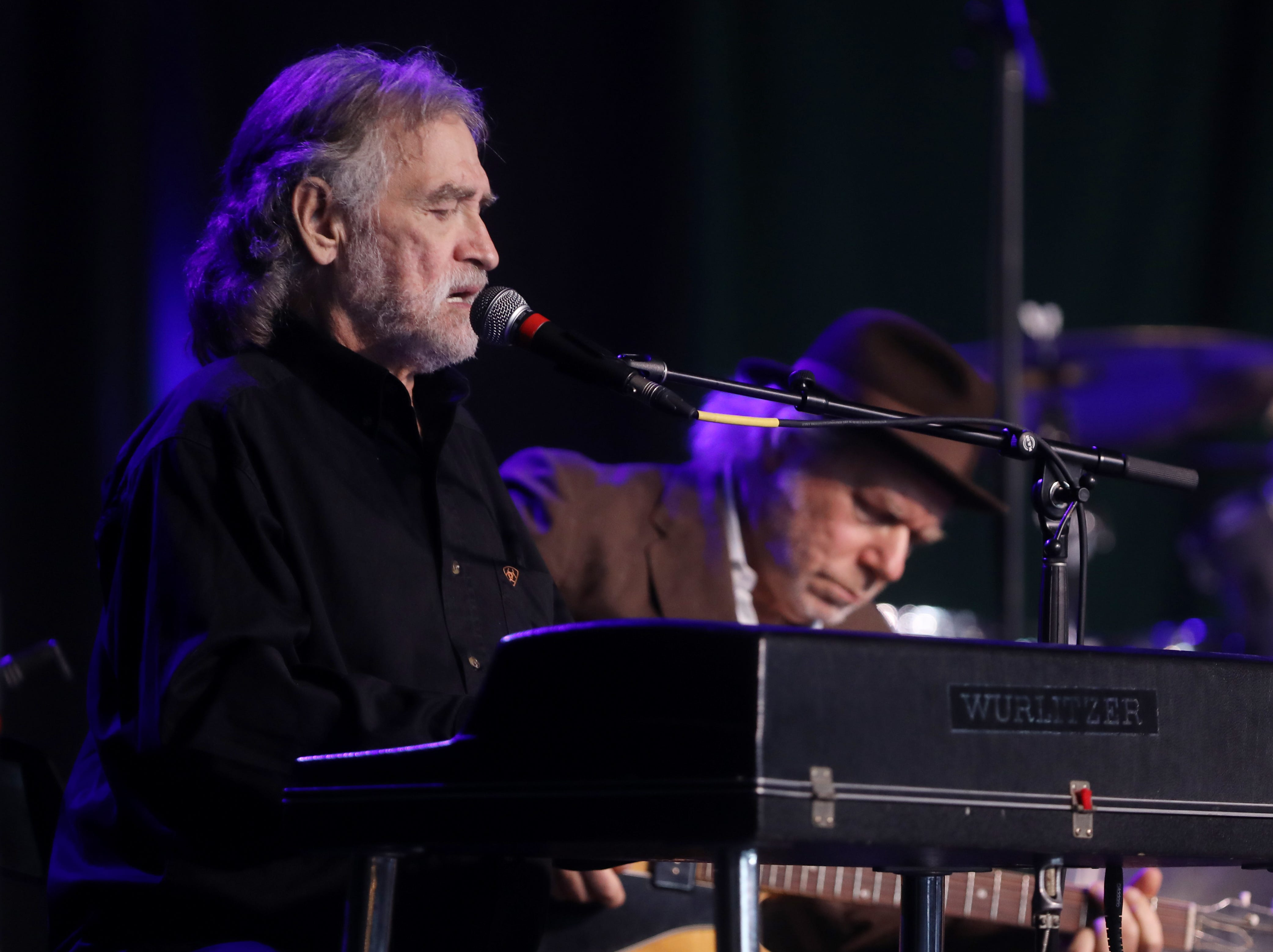 Donnie Fritts performs during a Celebration of Life service held for singer-songwriter Tony Joe White at Marathon Music Works Wednesday, October 31, 2018.
