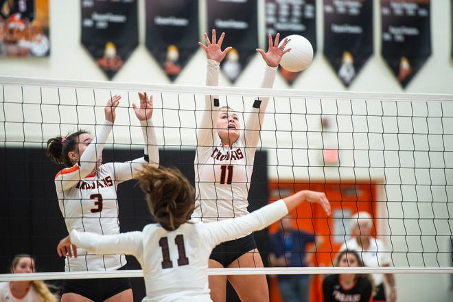 Lely High School's Morgan Broxson (3) and Lindsay Odell (11) try to defend during the Class 6A region semifinals at Lely High School in Naples, Fla., on Tuesday, October 30, 2018.