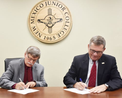 Gratton And Sharp Sign Mou 2
