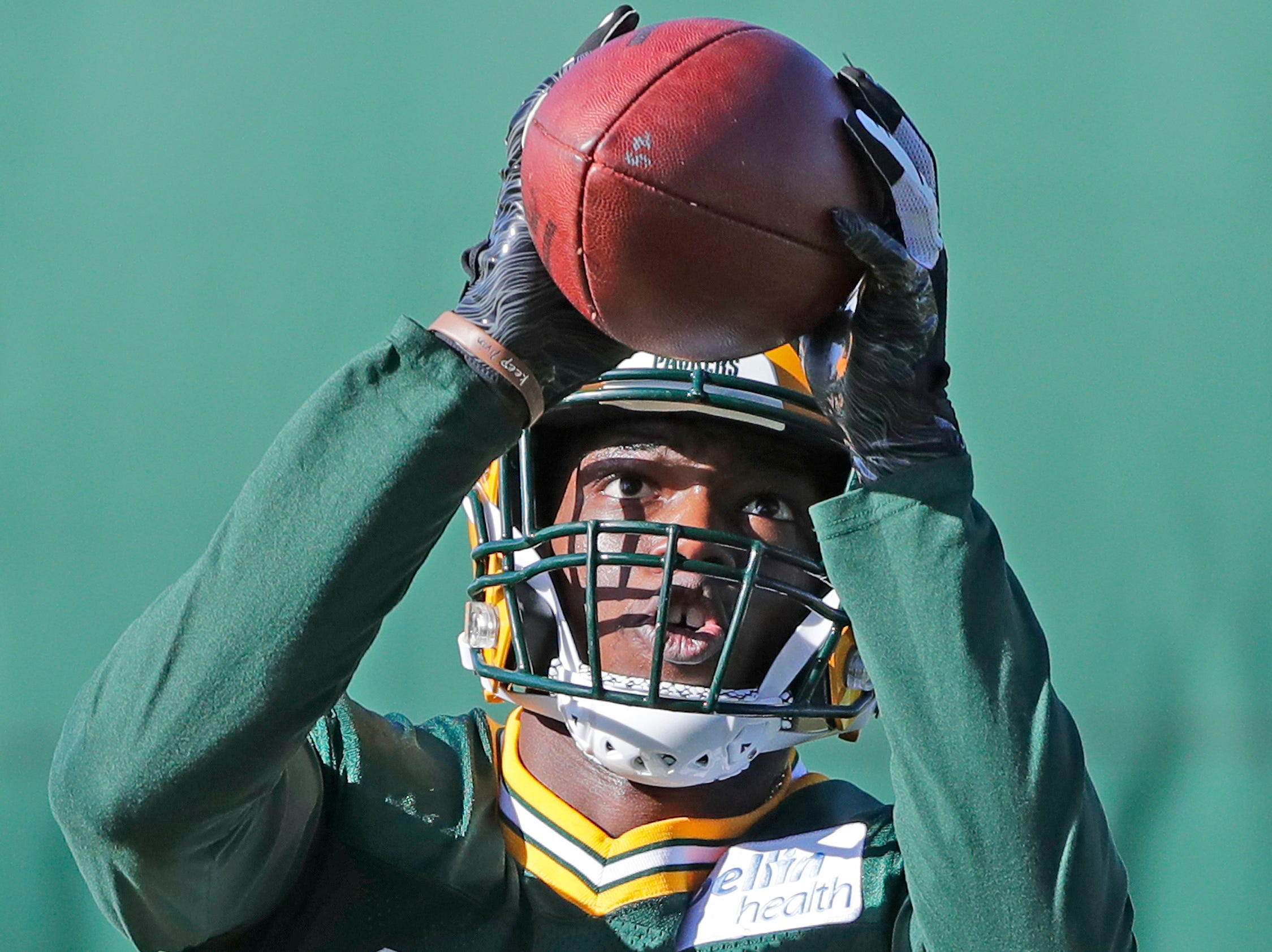 Green Bay Packers cornerback Will Redmond (25) catches during practice at Ray Nitschke Field on Wednesday, October 31, 2018 in Ashwaubenon, Wis.