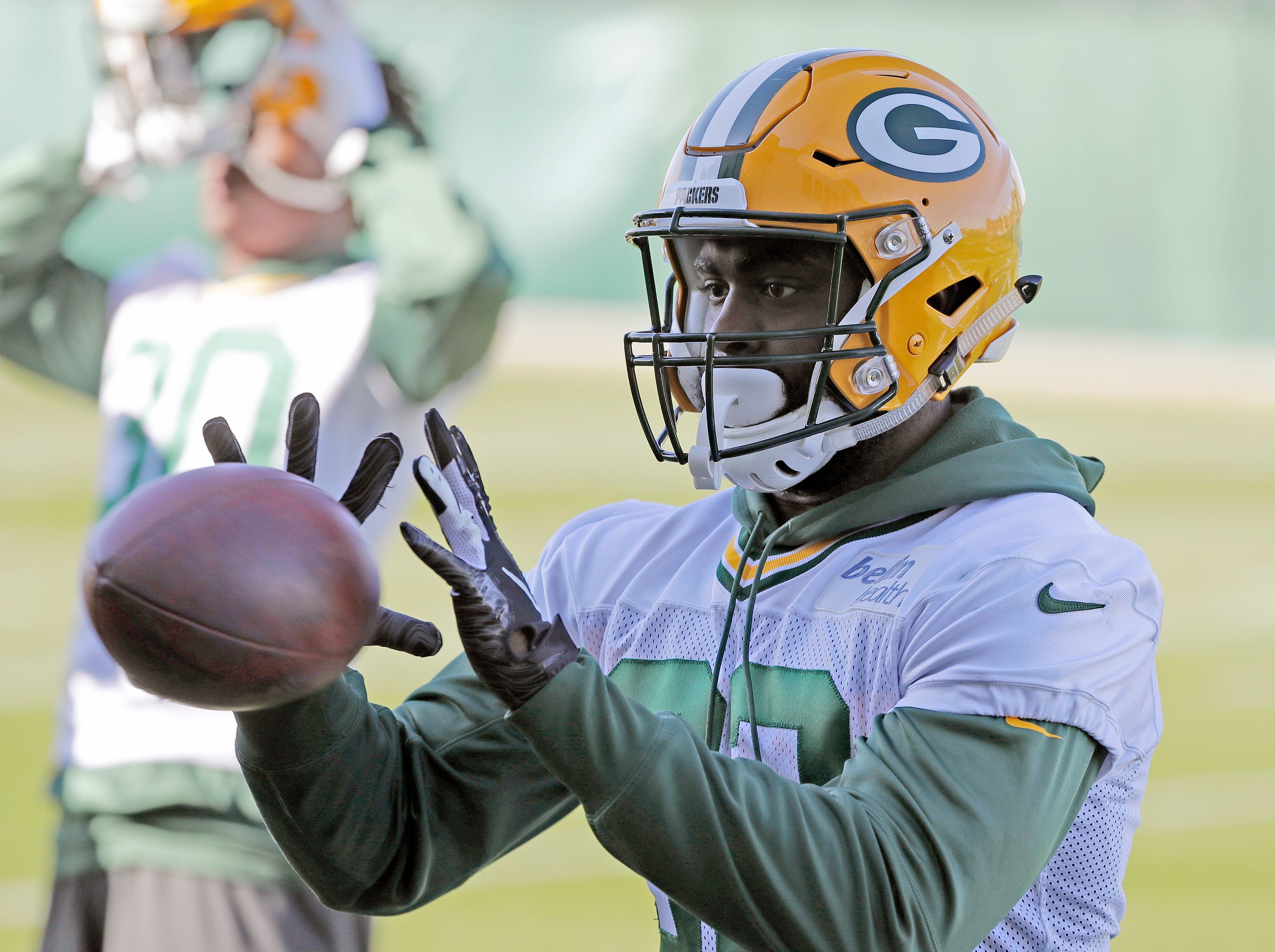 Green Bay Packers running back Tra Carson (32) catches during practice at Ray Nitschke Field on Wednesday, October 31, 2018 in Ashwaubenon, Wis.