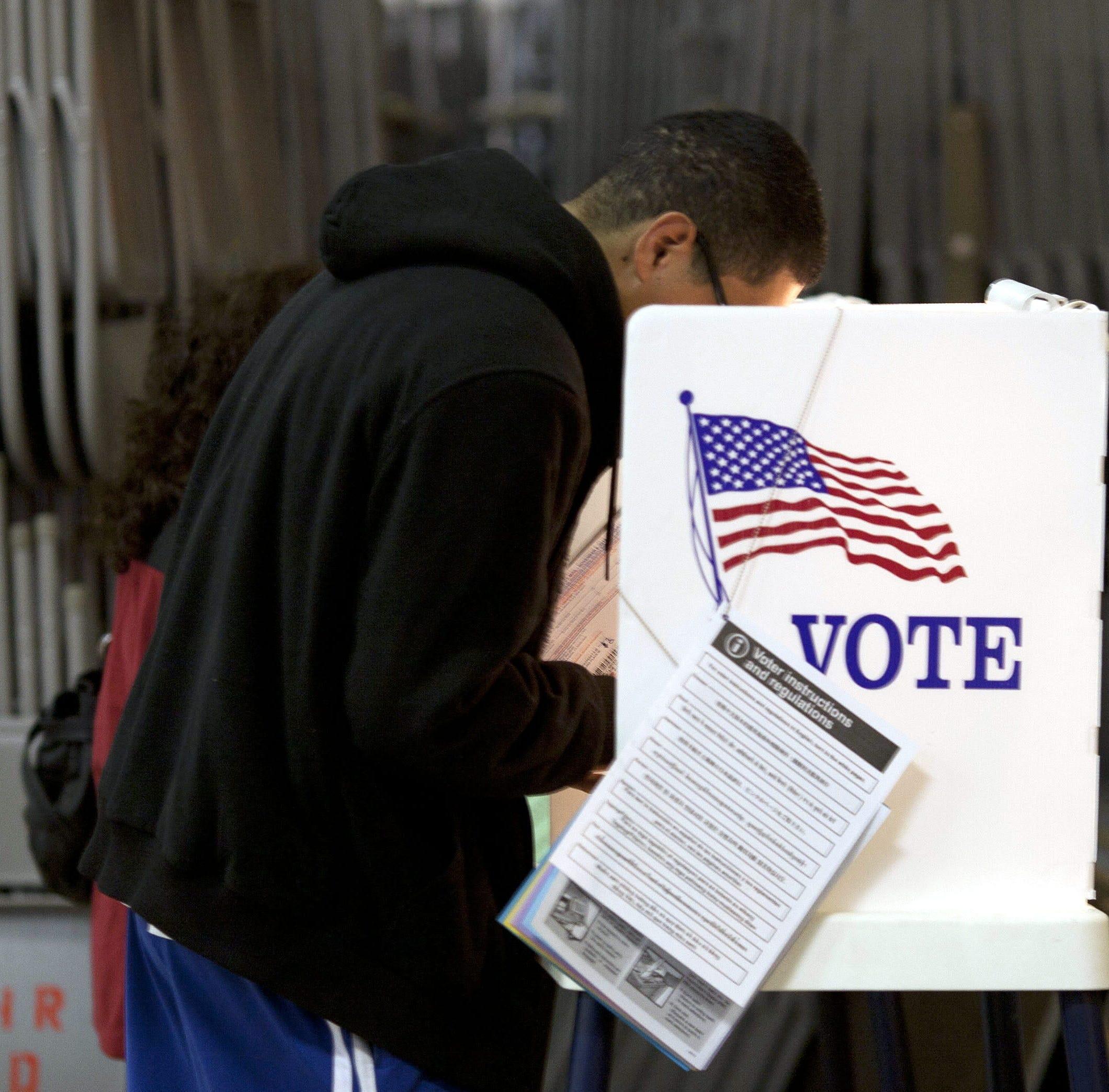 El voto hispano mide su poder en la elección que evaluará al Gobierno Trump