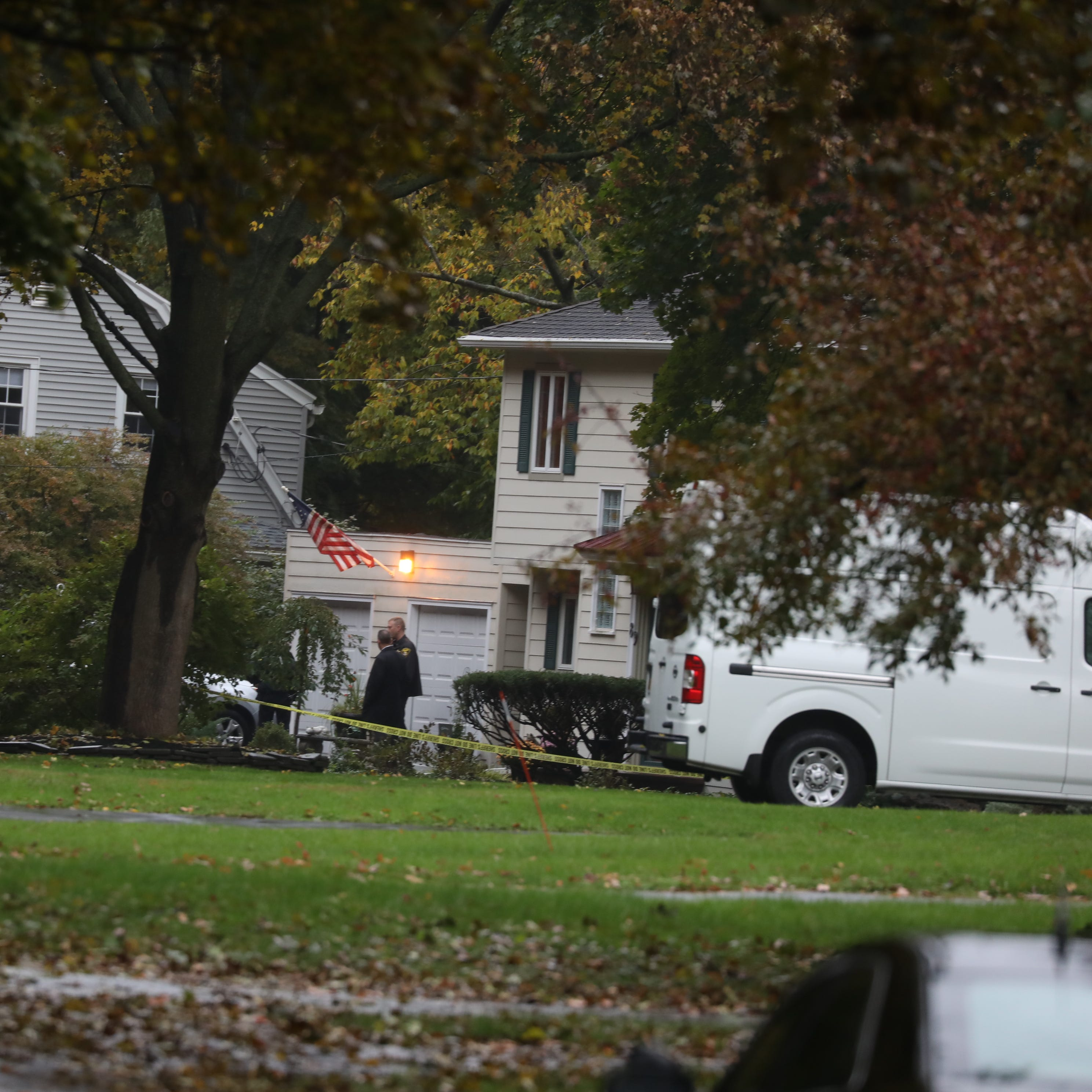 Suspect found dead in Pa. after killing wife in Penfield, attempting to kill his mom in Riga