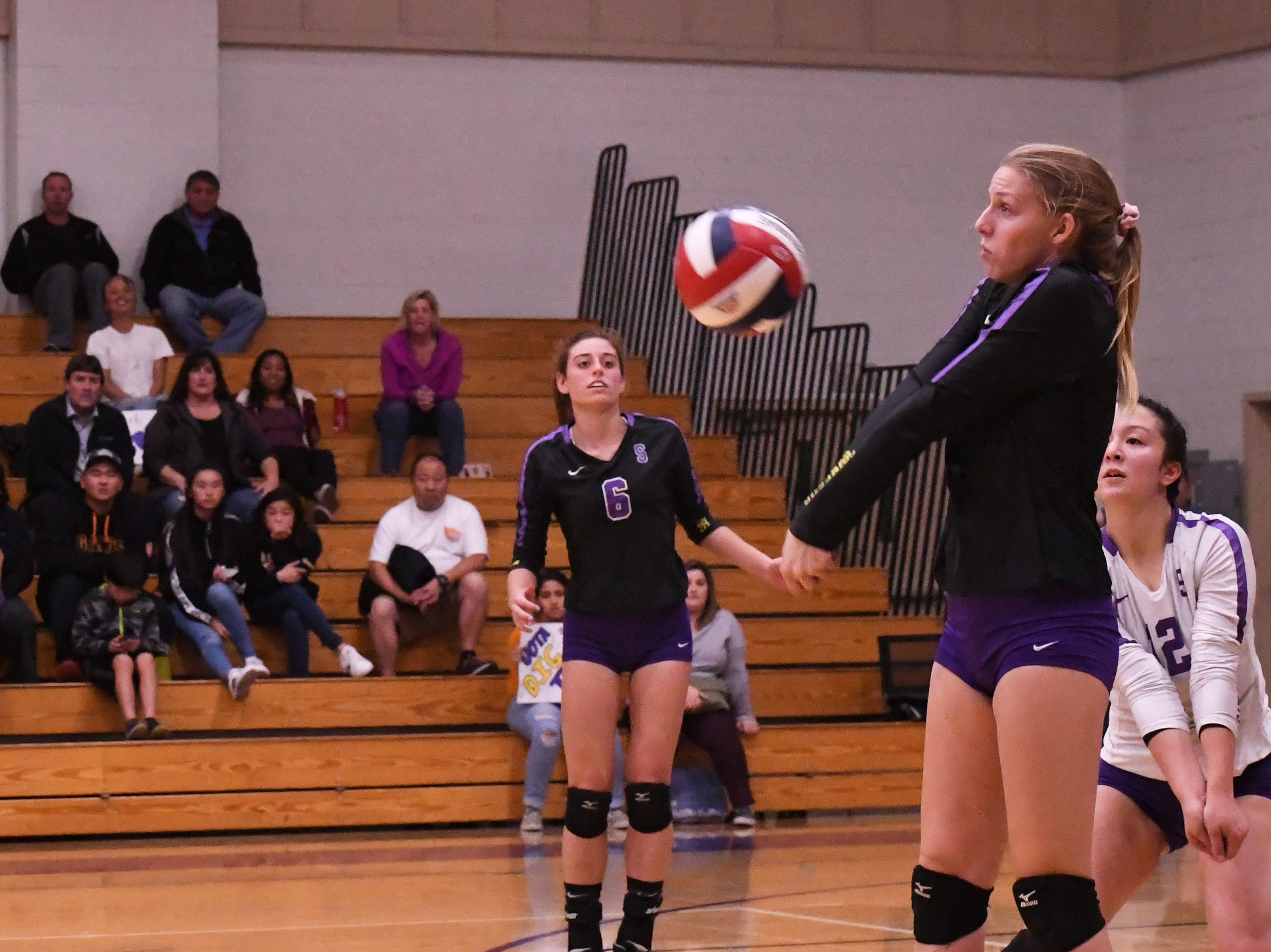 Outside hitter Ashleigh Souza (10) bumps the ball up following a serve by Los Gatos in the third set.
